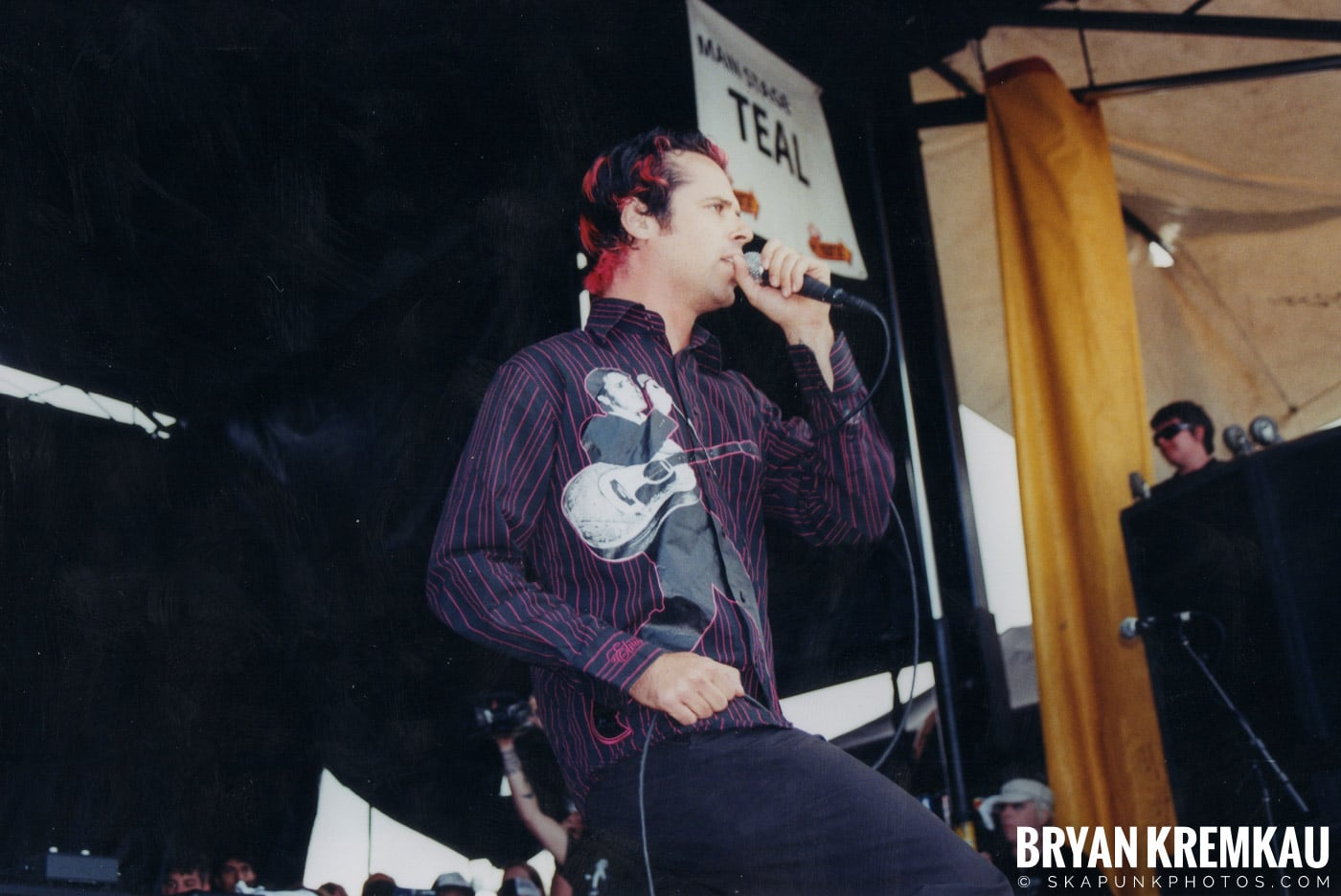 The Bouncing Souls @ Vans Warped Tour, Randall's Island, NYC - 8.7.04 (15)