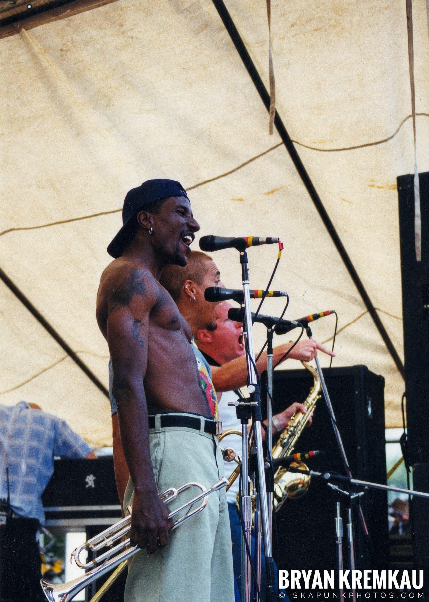 Buck O Nine @ Vans Warped Tour, Randall's Island, NYC - 8.1.98 (9)