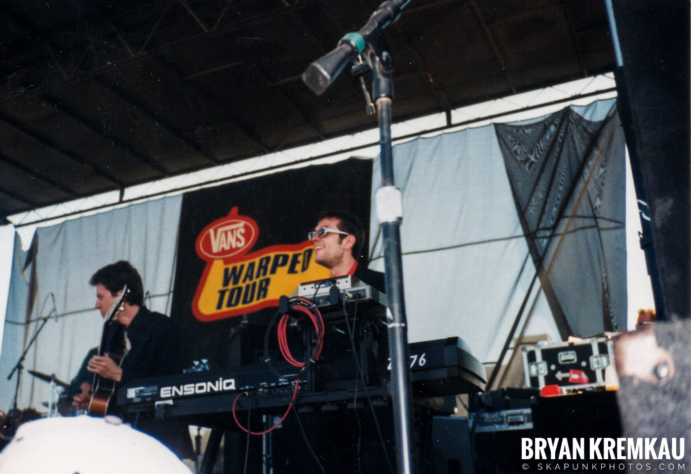 Cherry Poppin' Daddies @ Vans Warped Tour, Randall's Island, NYC - 8.1.98 (12)