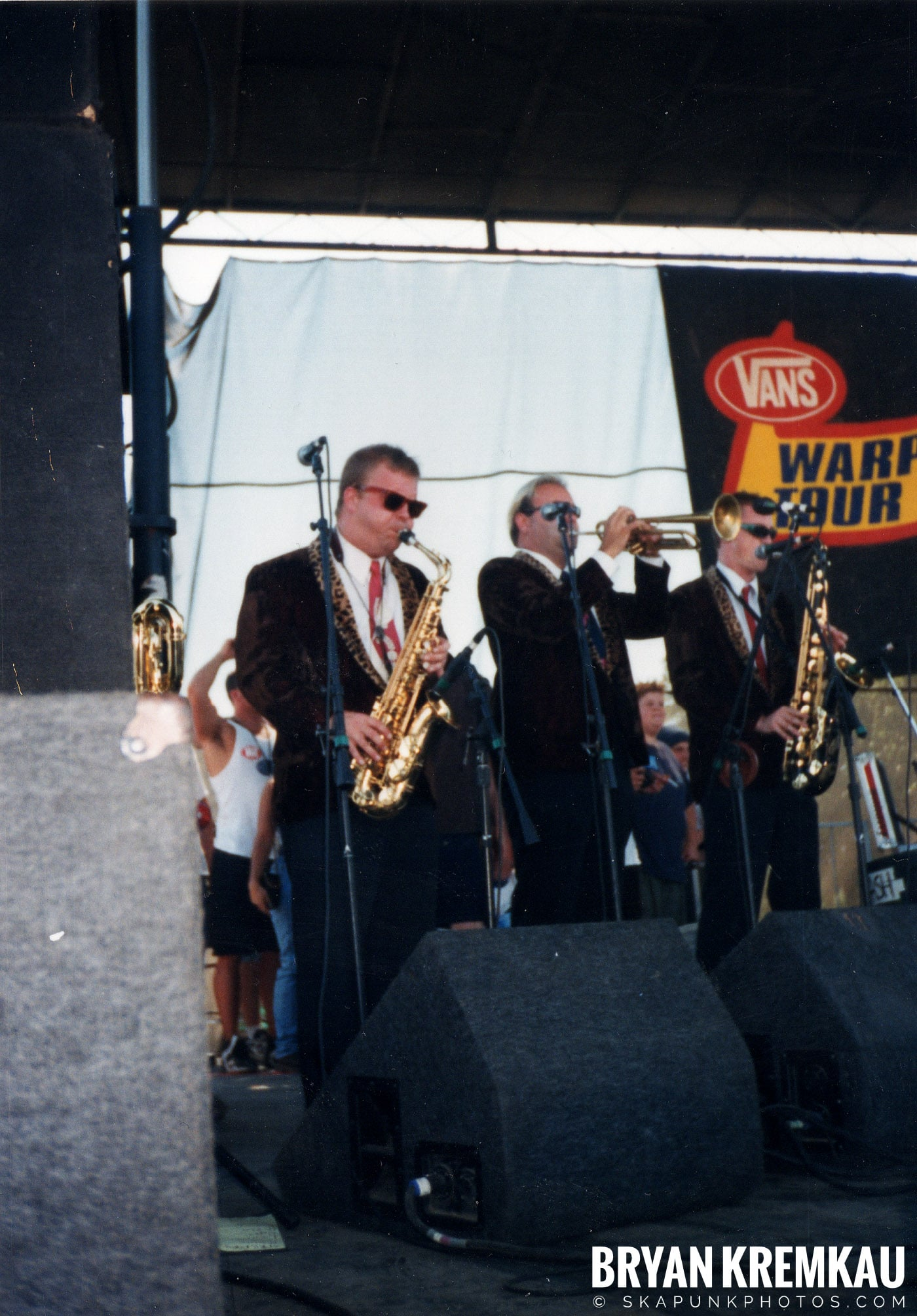 Cherry Poppin' Daddies @ Vans Warped Tour, Randall's Island, NYC - 8.1.98 (11)