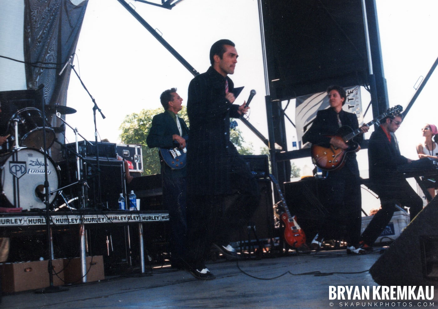 Cherry Poppin' Daddies @ Vans Warped Tour, Randall's Island, NYC - 8.1.98 (7)
