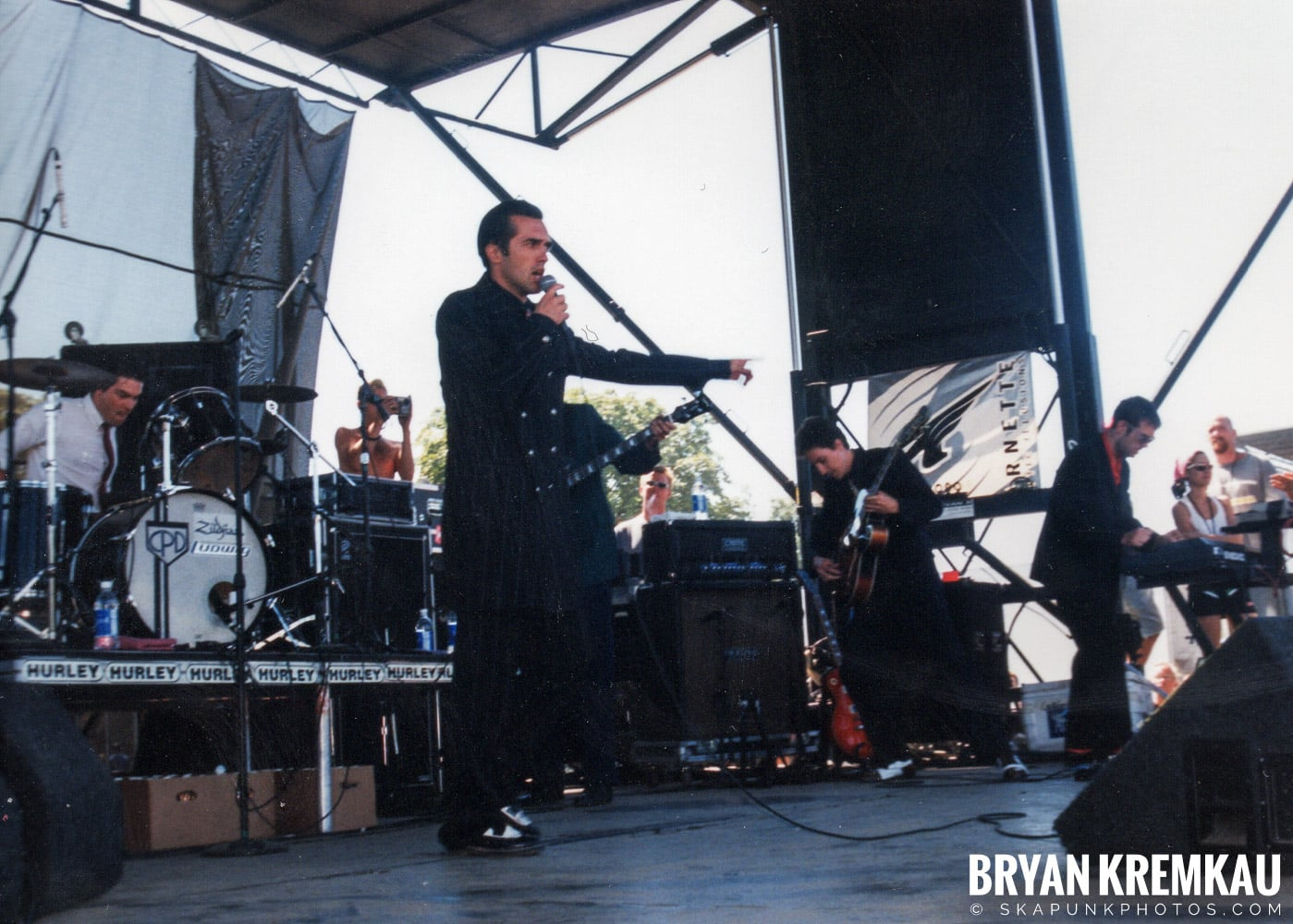 Cherry Poppin' Daddies @ Vans Warped Tour, Randall's Island, NYC - 8.1.98 (6)