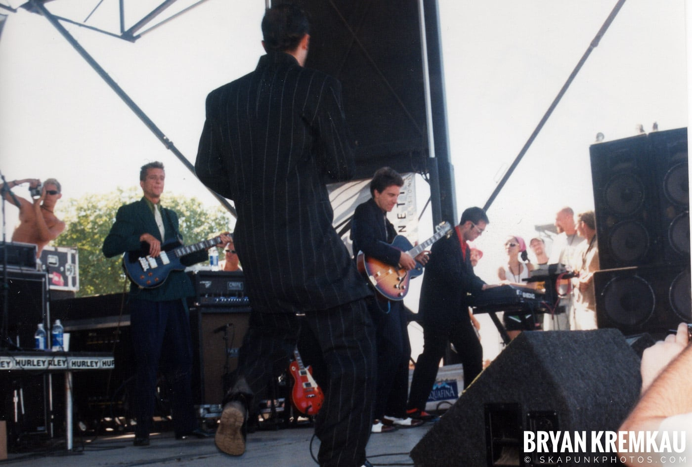 Cherry Poppin' Daddies @ Vans Warped Tour, Randall's Island, NYC - 8.1.98 (5)