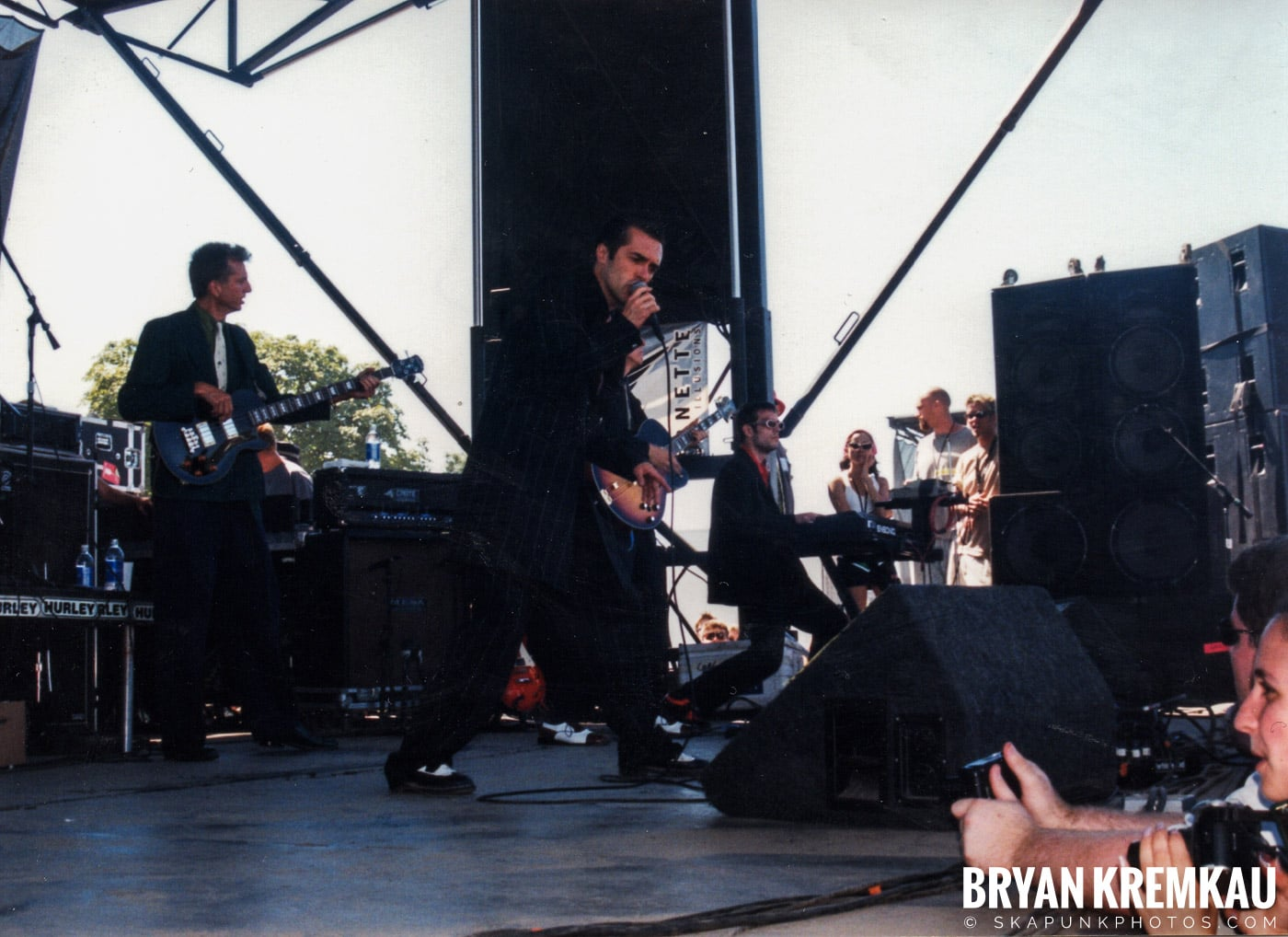 Cherry Poppin' Daddies @ Vans Warped Tour, Randall's Island, NYC - 8.1.98 (3)