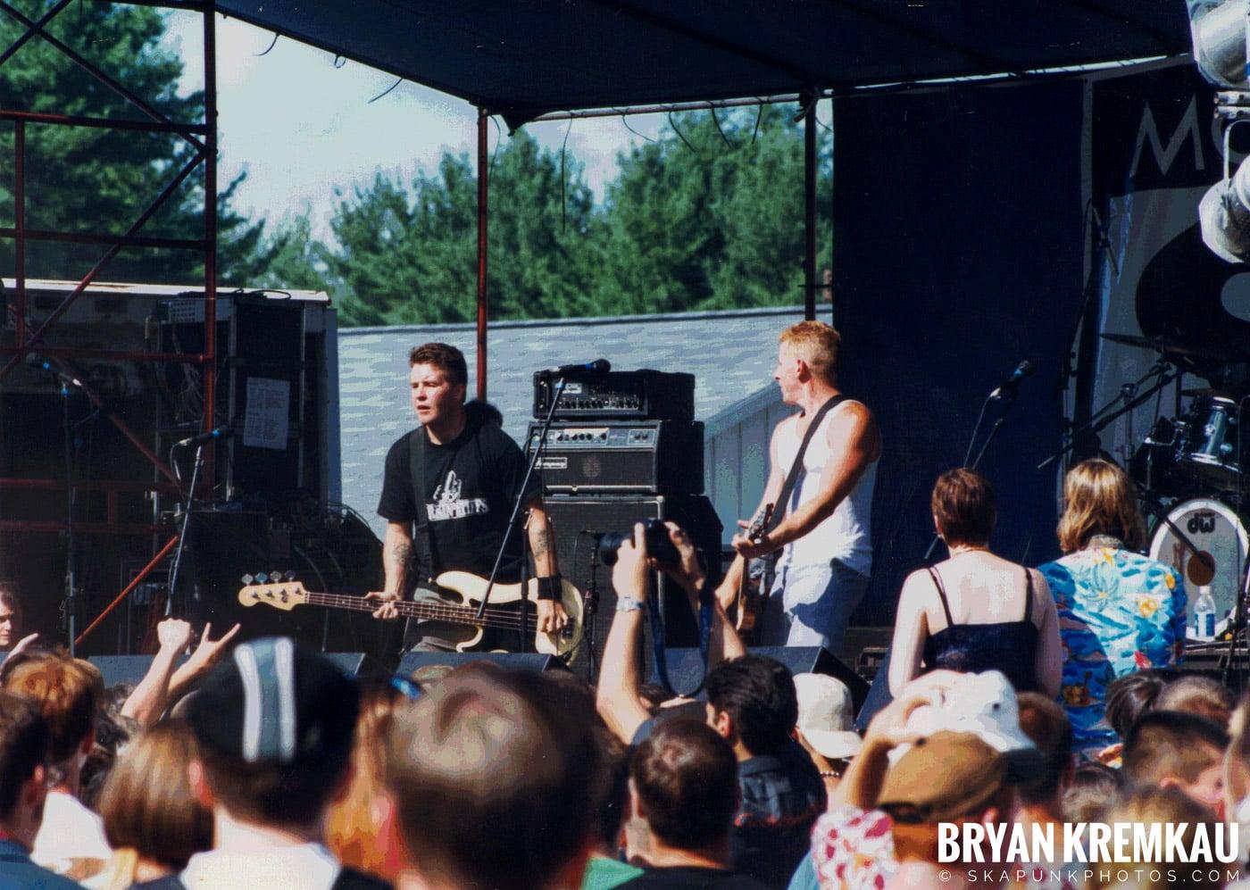 The Dropkick Murphys @ New England Ska Fest 98, Westford, MA - 8.22.98 (4)