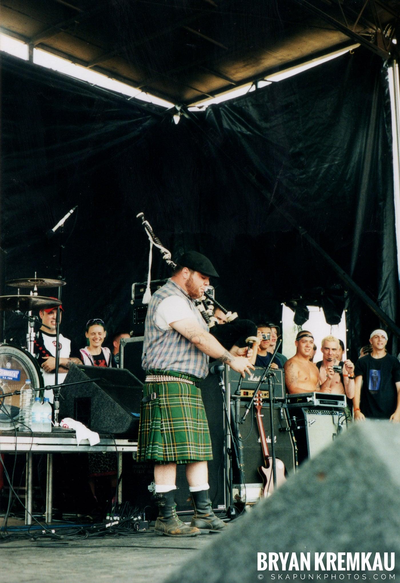 The Dropkick Murphys @ Vans Warped Tour, Randall's Island, NYC - 8.4.01 (14)