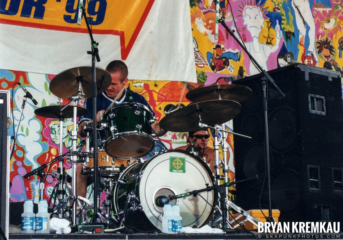 The Dropkick Murphys @ Vans Warped Tour, Randall's Island, NYC - 7.16.99 (13)