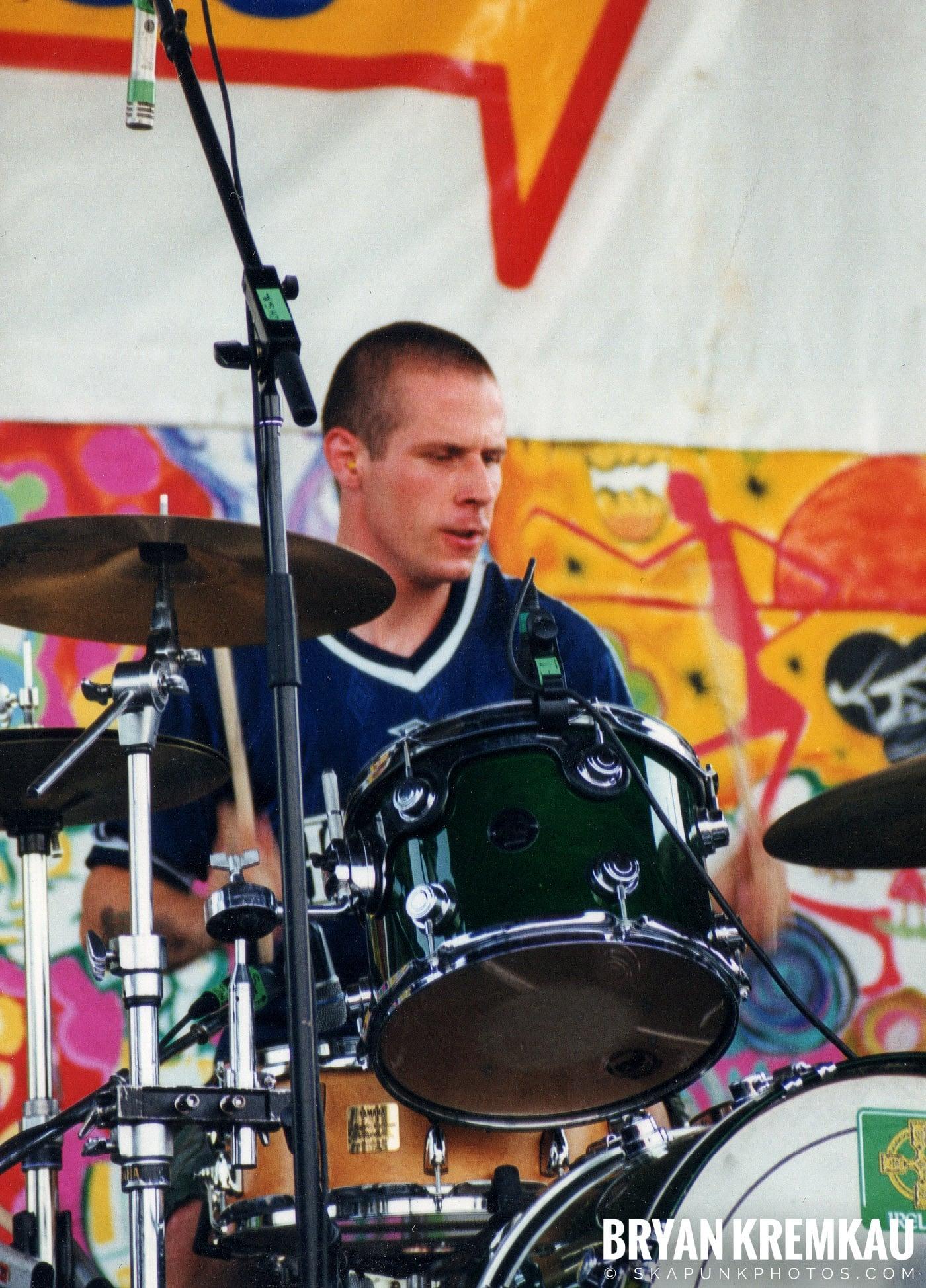 The Dropkick Murphys @ Vans Warped Tour, Randall's Island, NYC - 7.16.99 (6)