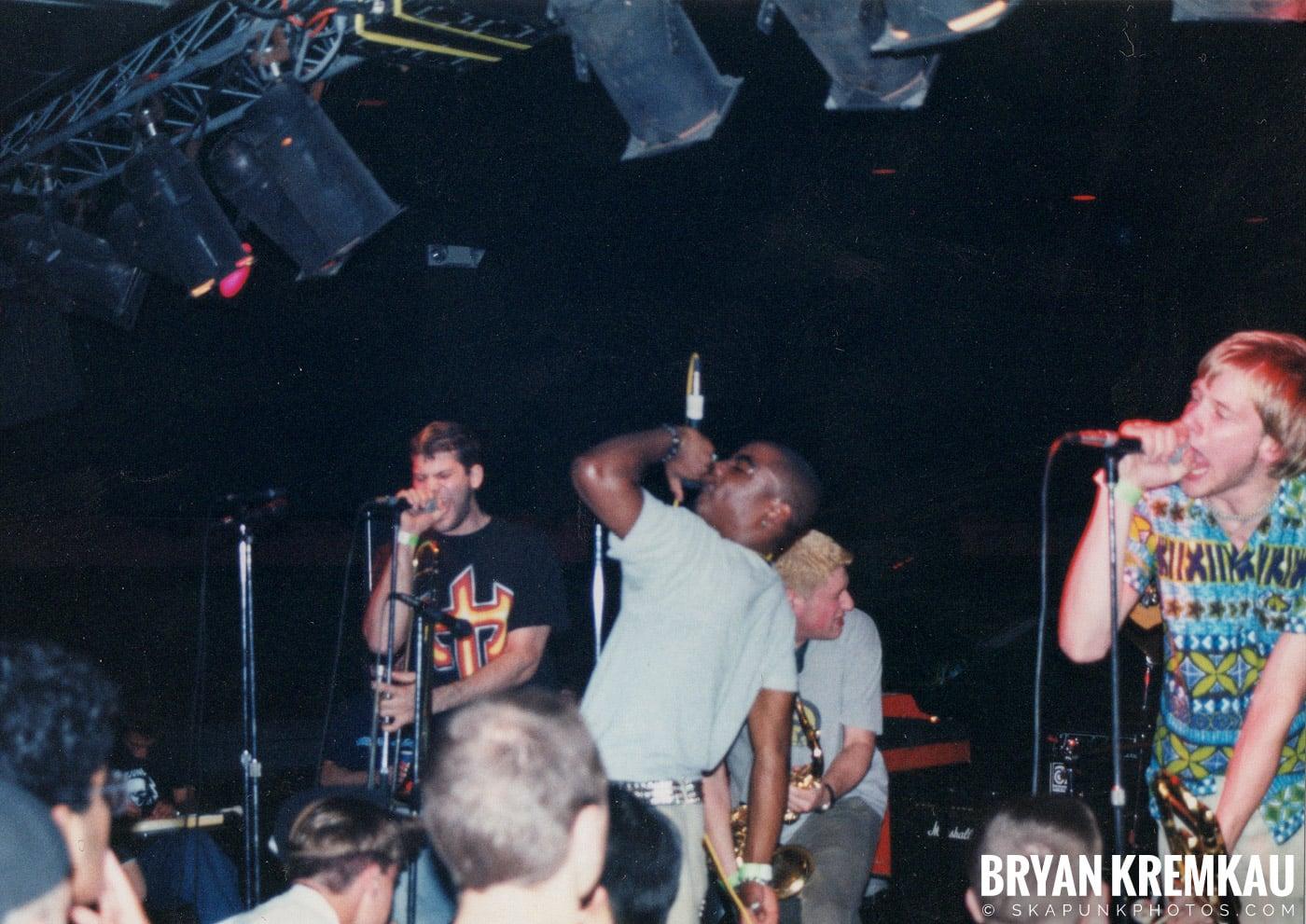 The Eclectics @ Skater's World, Wayne, NJ - 1998 (1)