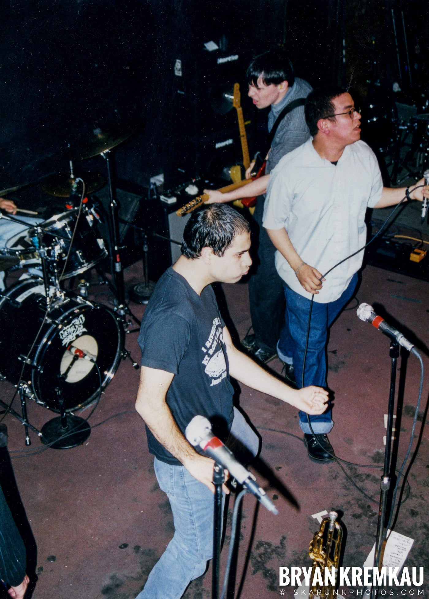 Edna's Goldfish @ Sea Sea's, Moosic, PA - 5.6.99 (23)