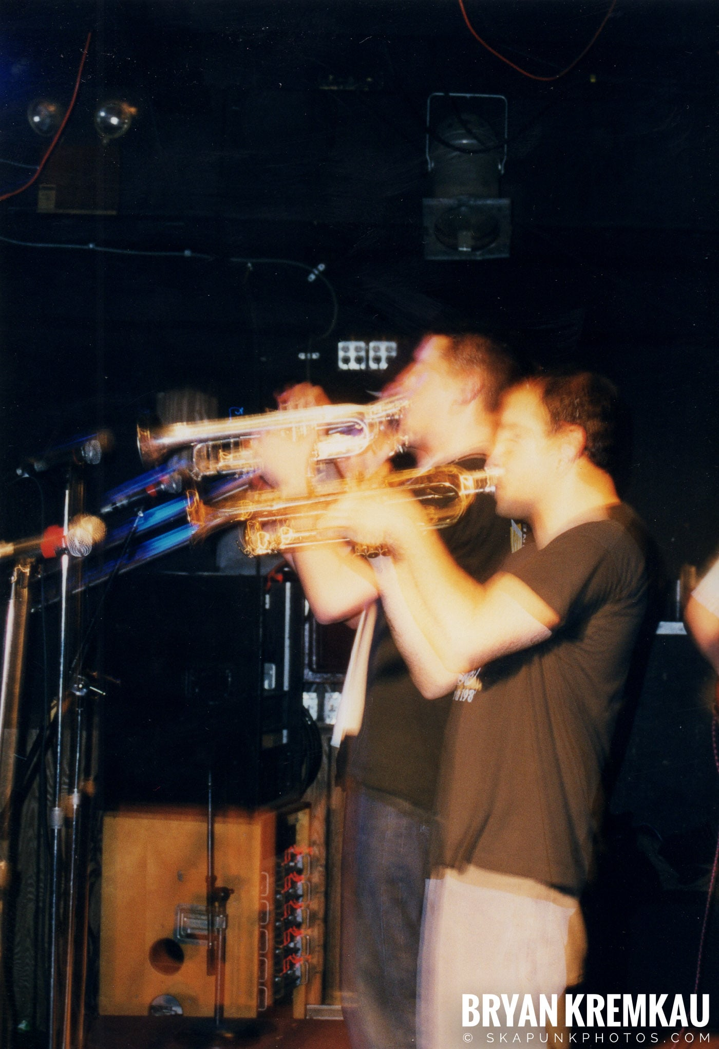 Edna's Goldfish @ Sea Sea's, Moosic, PA - 5.6.99 (20)