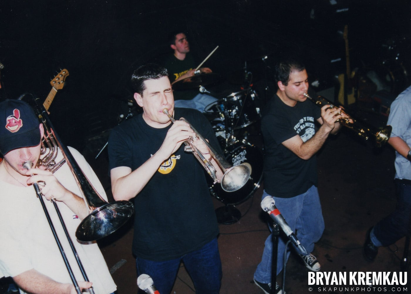 Edna's Goldfish @ Sea Sea's, Moosic, PA - 5.6.99 (12)
