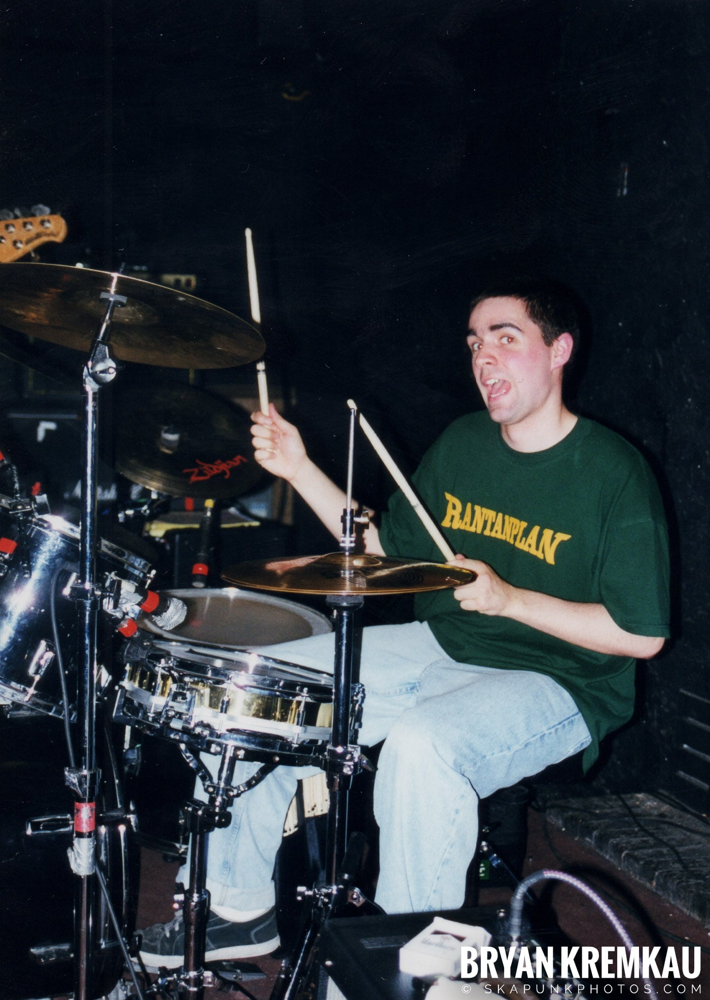 Edna's Goldfish @ Sea Sea's, Moosic, PA - 5.6.99 (7)