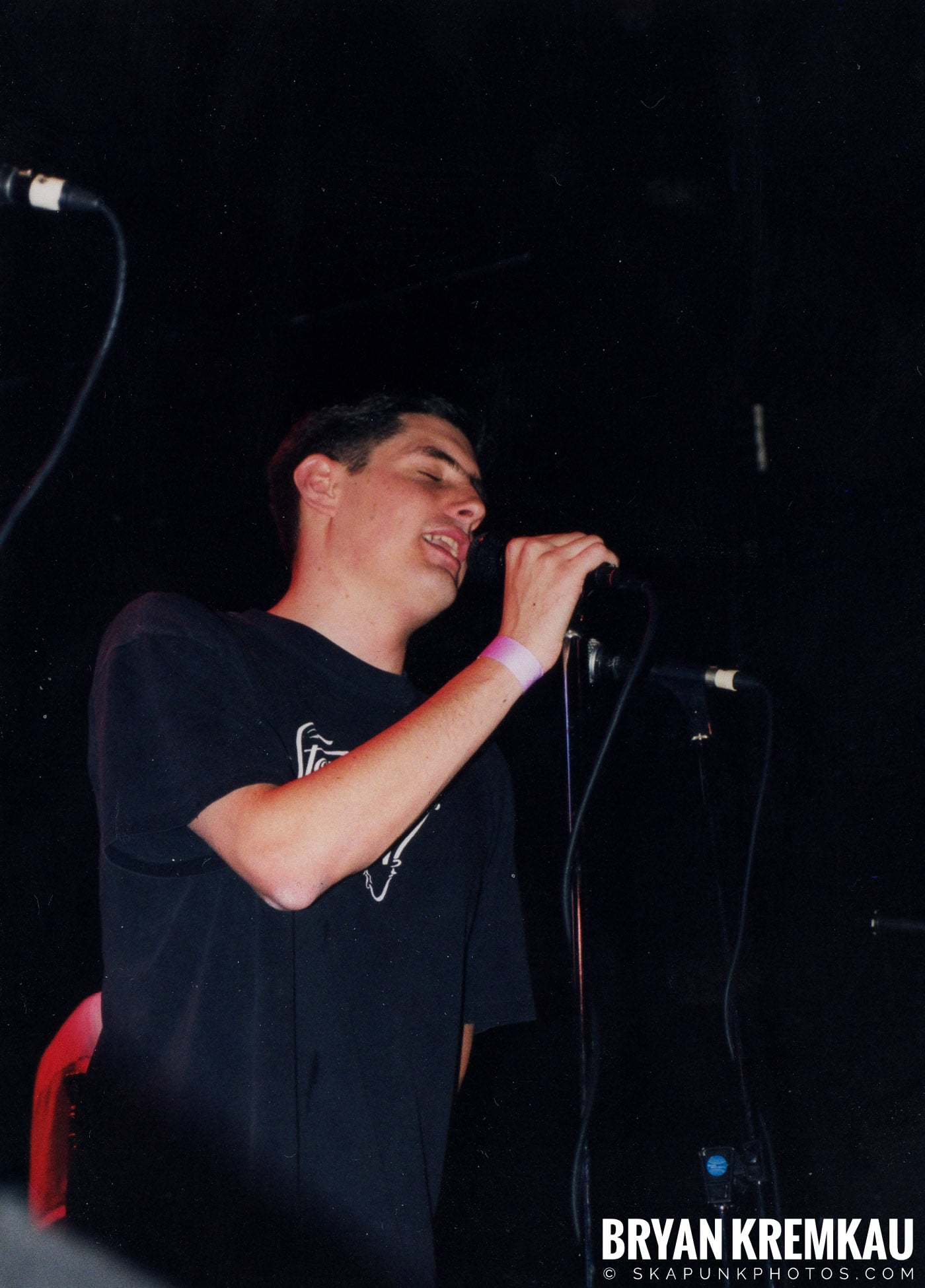 Edna's Goldfish @ The Chance, Poughkeepsie, NY - 1.15.99 (6)