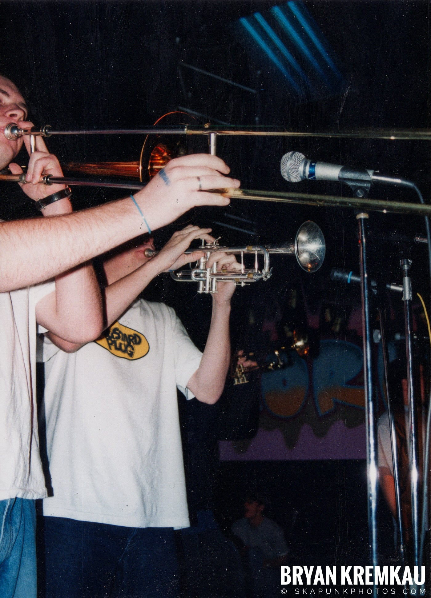 Edna's Goldfish @ Skater's World, Wayne, NJ - 11.7.98 (8)