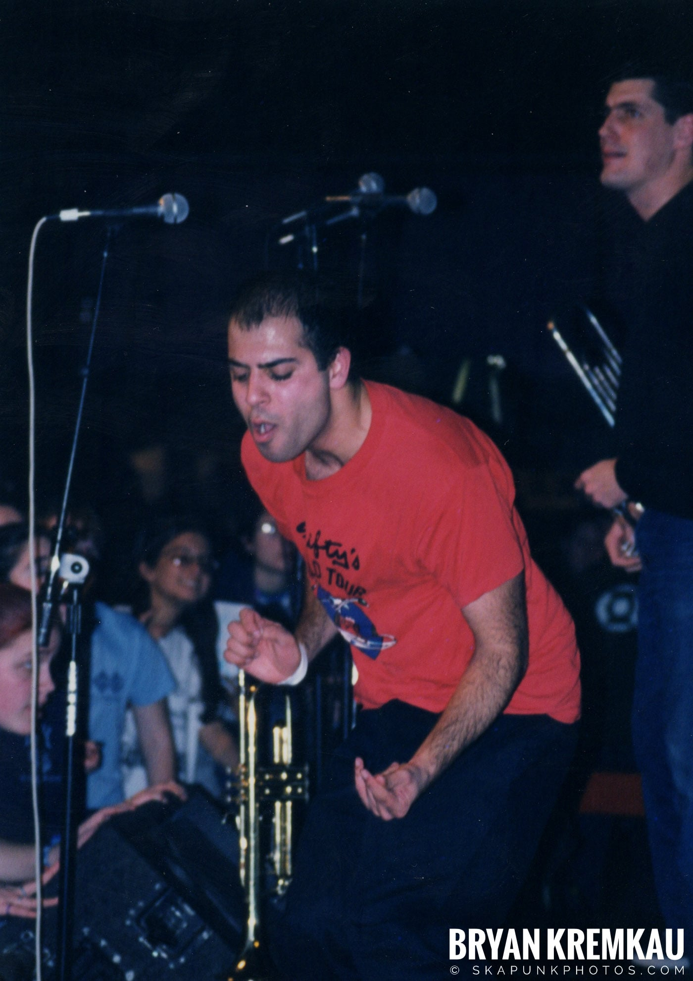 Edna's Goldfish @ Skater's World, Wayne, NJ - 7.29.99 (15)
