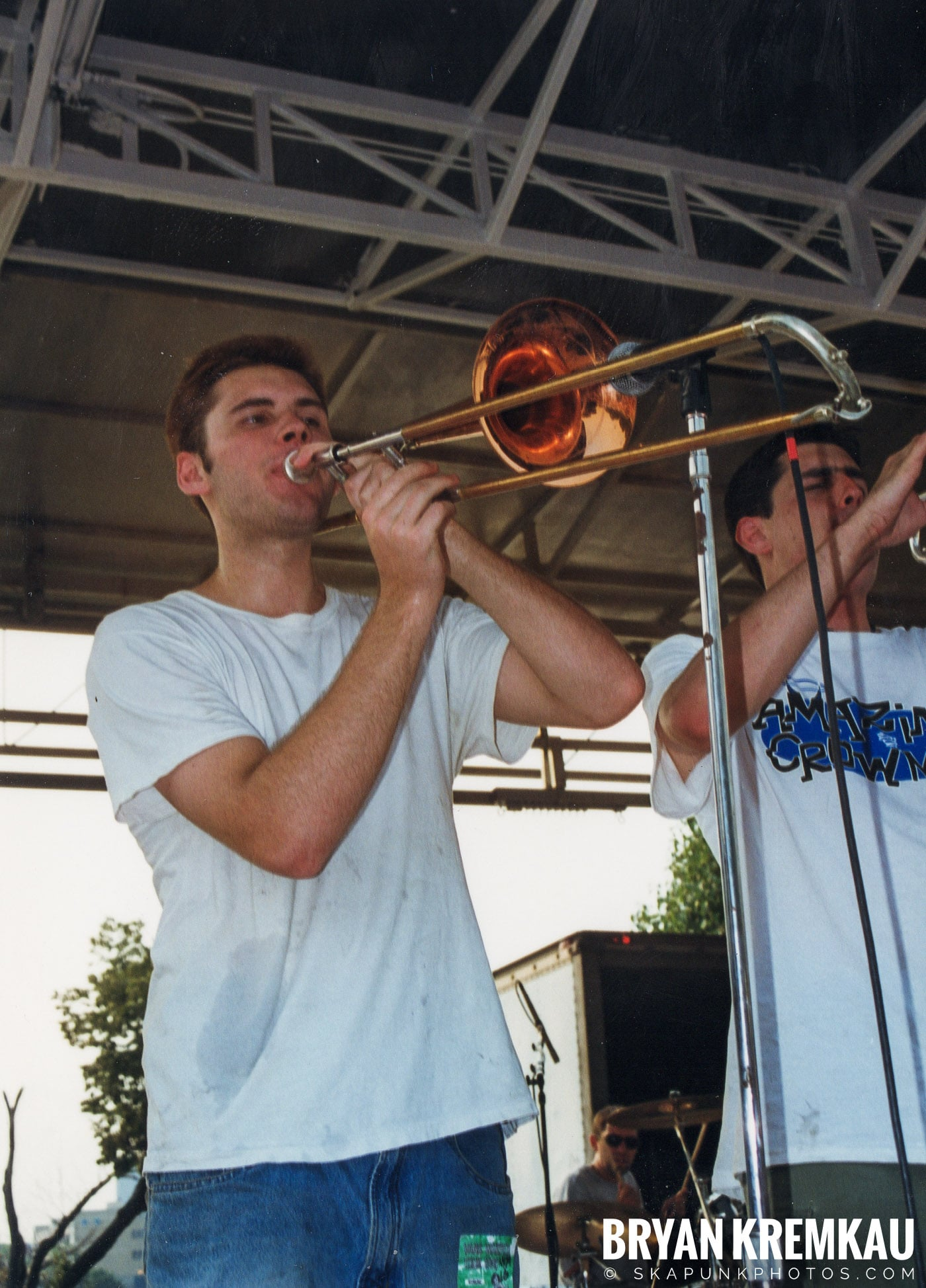 Edna's Goldfish @ Vans Warped Tour, Randall's Island, NYC - 7.16.99 (5)