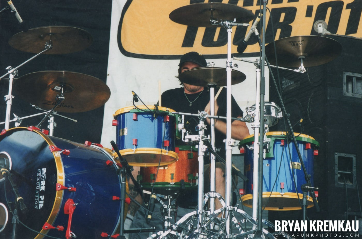 Fenix TX @ Vans Warped Tour, Randall's Island, NYC - 8.4.01 (4)
