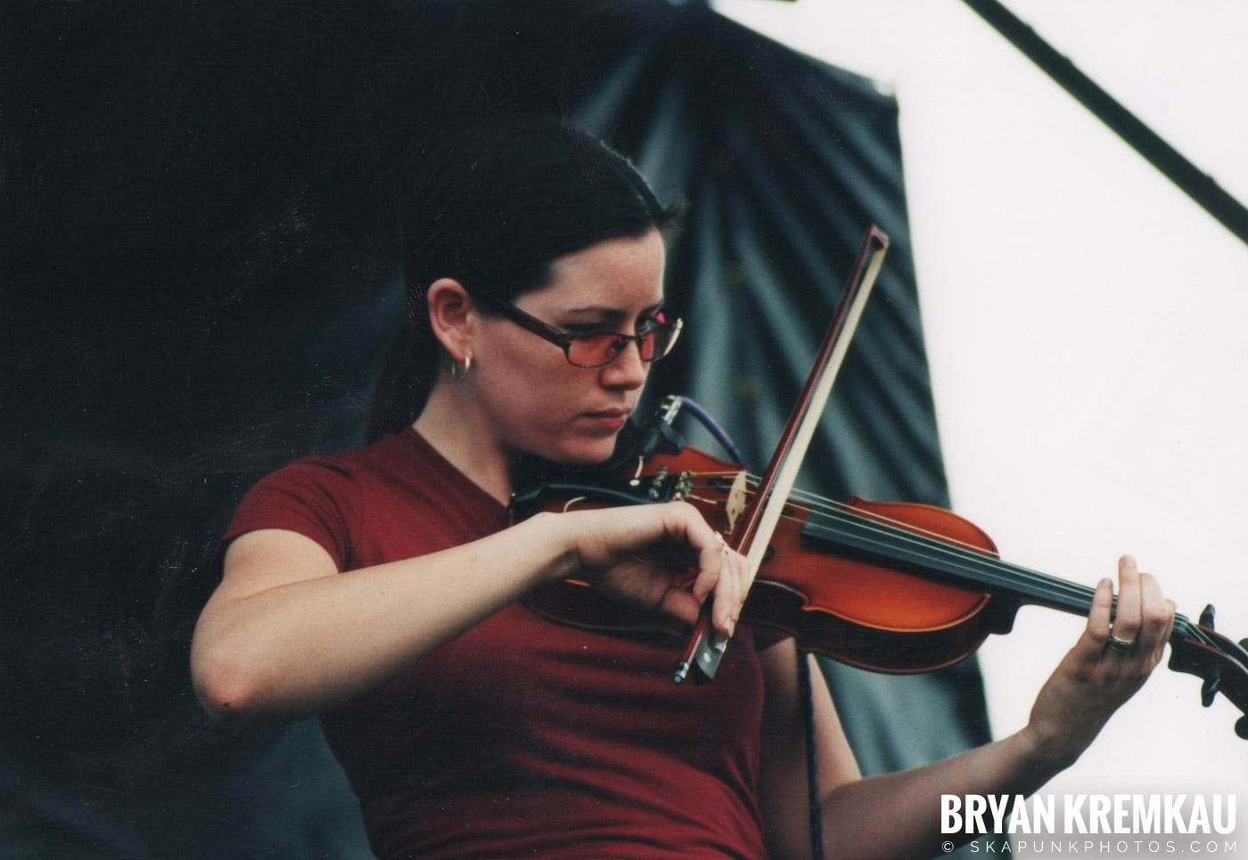 Flogging Molly @ Vans Warped Tour, Randall's Island, NYC - 8.4.01 (4)