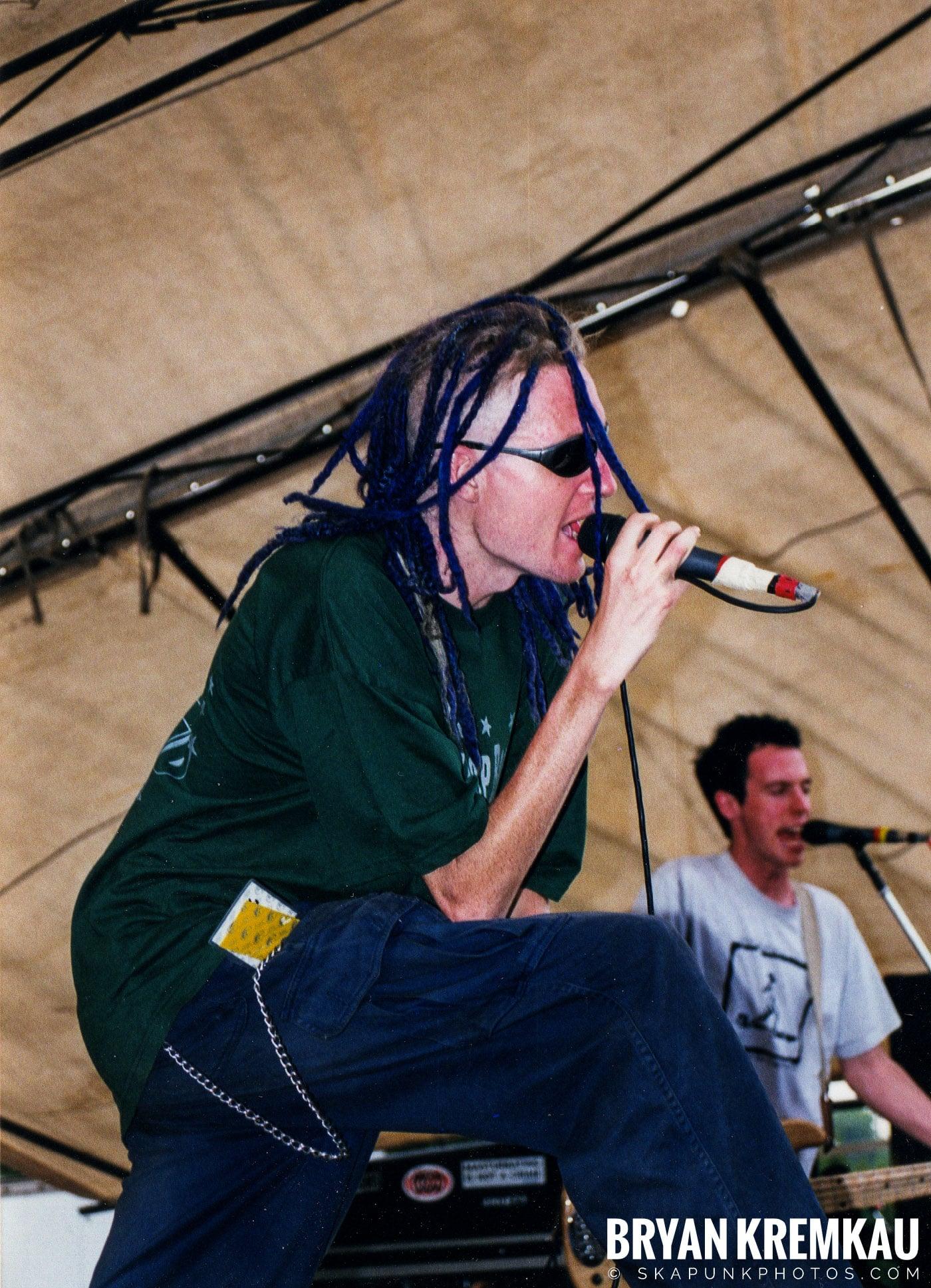 Frenzal Rhomb @ Vans Warped Tour, Randall's Island, NYC - 7.16.99 (8)