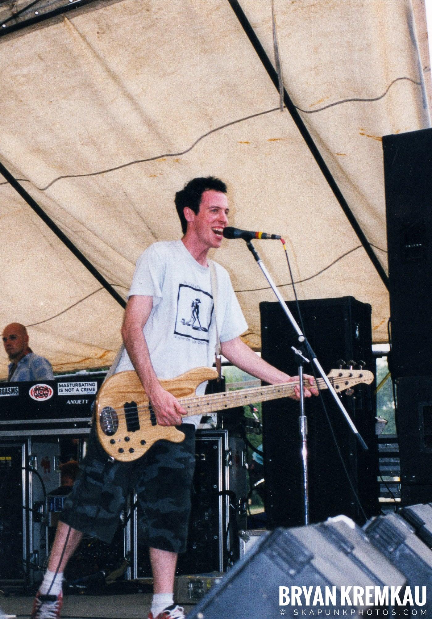 Frenzal Rhomb @ Vans Warped Tour, Randall's Island, NYC - 7.16.99 (5)