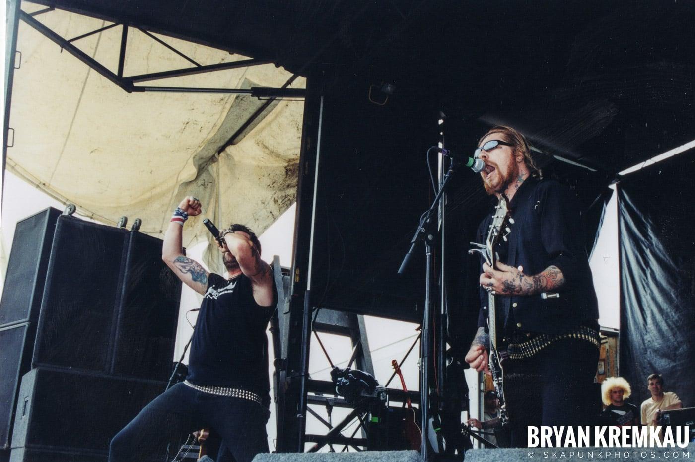 Lars Frederiksen and the Bastards @ Vans Warped Tour, Randall's Island, NYC - 8.7.04 (8)