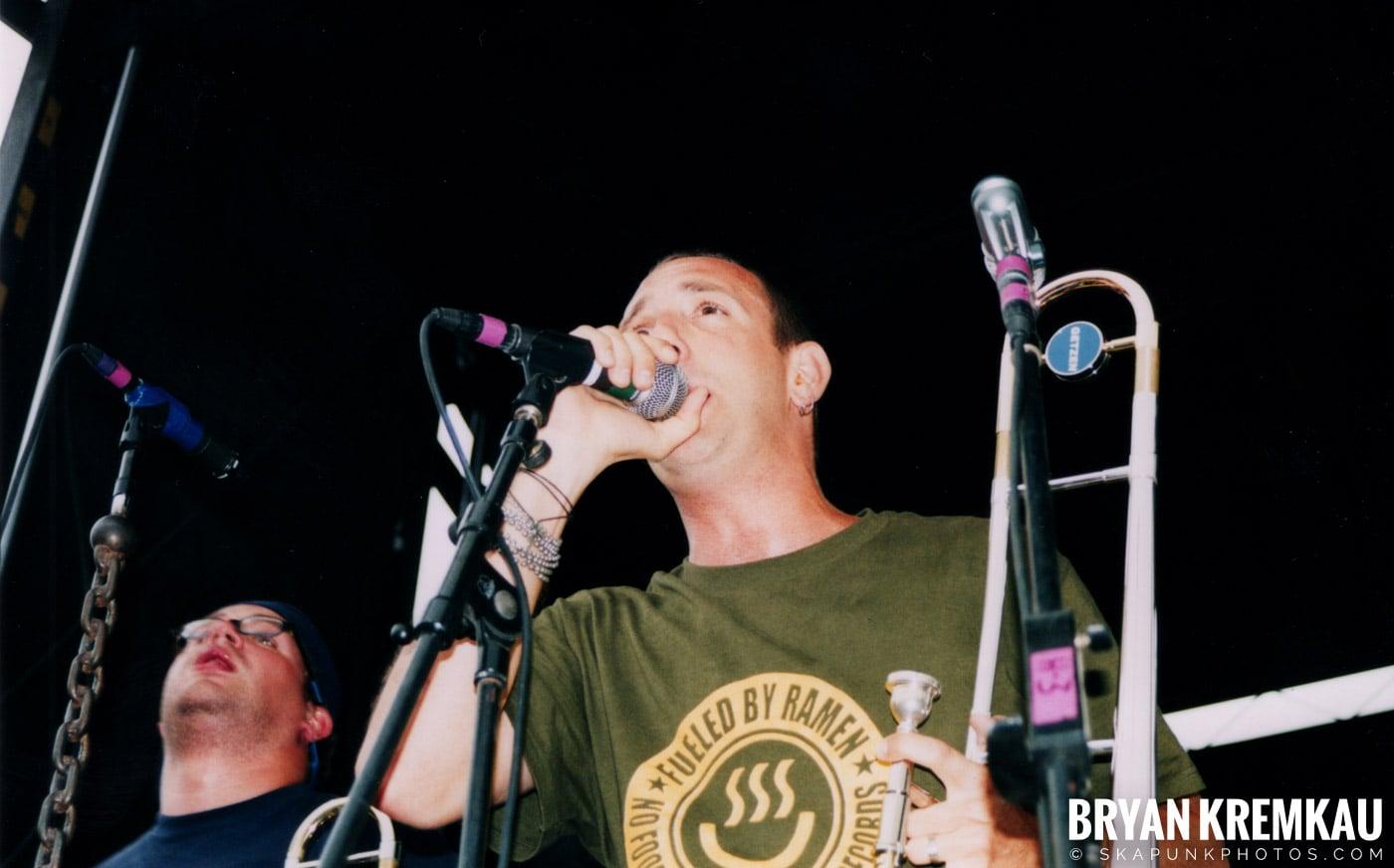 Less Than Jake @ Vans Warped Tour, Randall's Island, NYC - 8.4.01 (21)