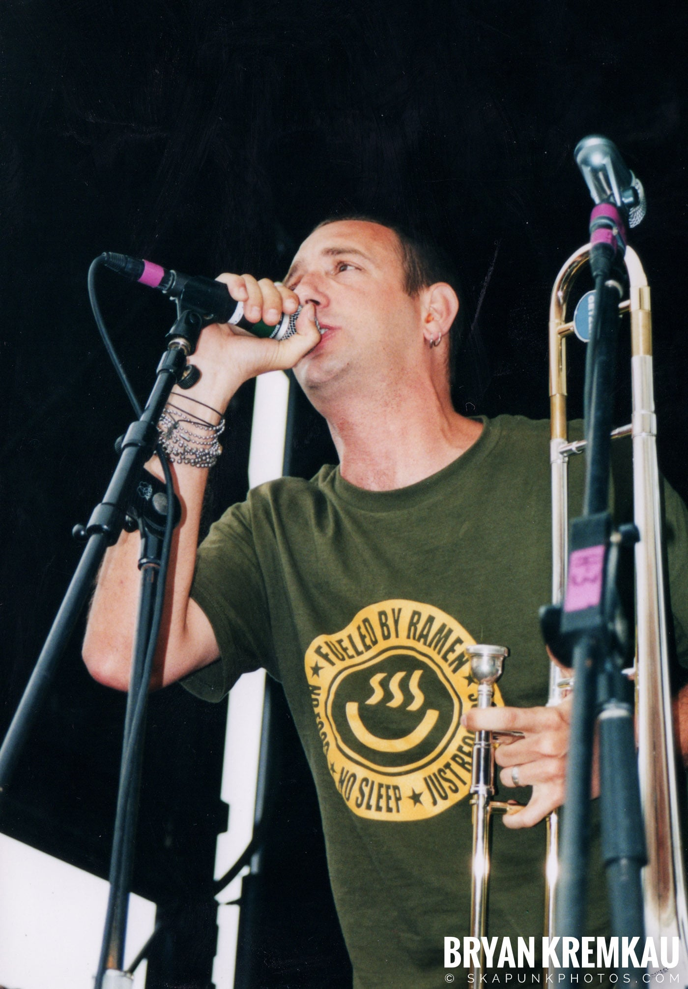 Less Than Jake @ Vans Warped Tour, Randall's Island, NYC - 8.4.01 (20)