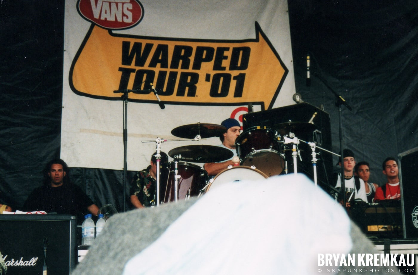 Less Than Jake @ Vans Warped Tour, Randall's Island, NYC - 8.4.01 (5)