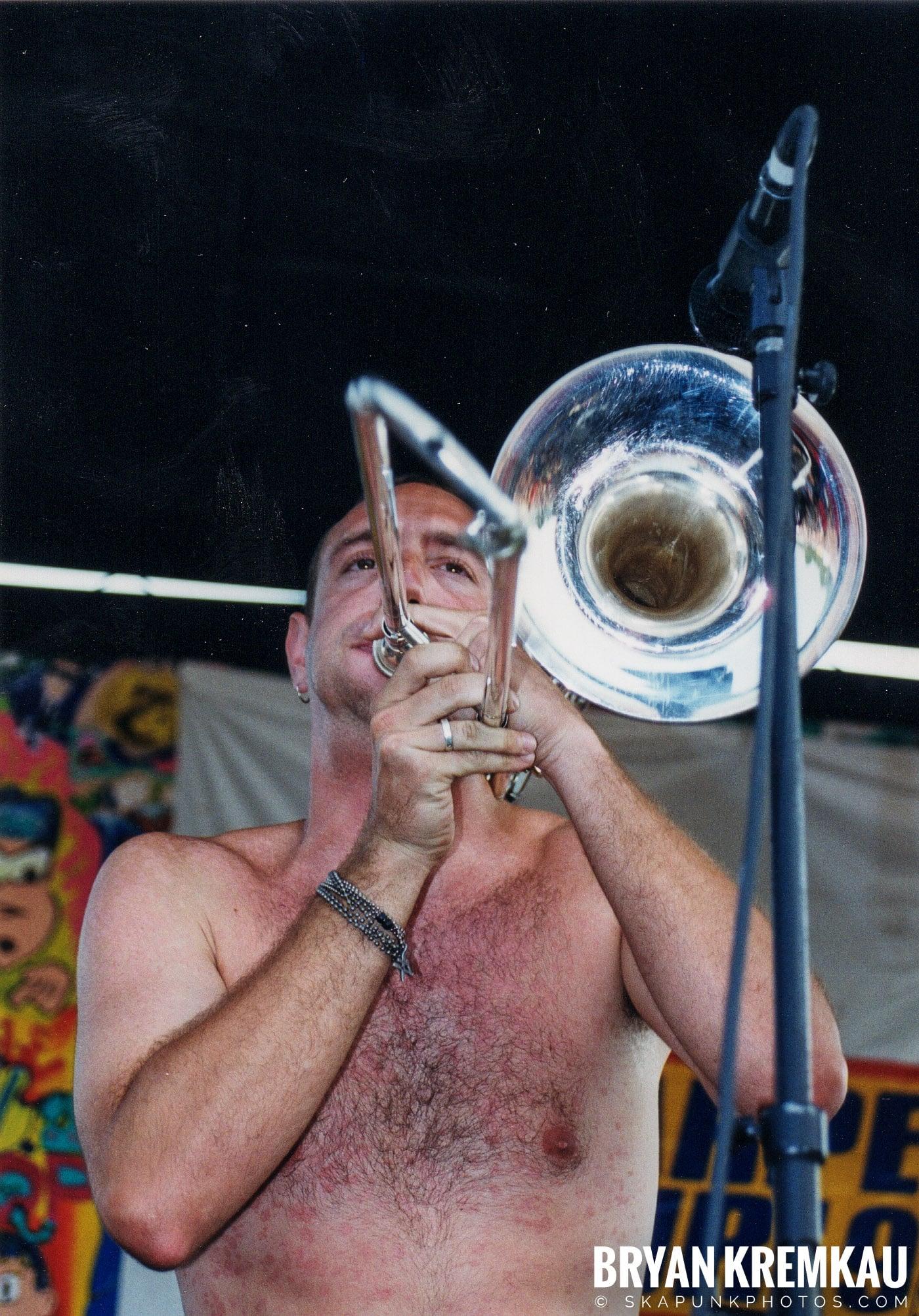 Less Than Jake @ Vans Warped Tour, Randall's Island, NYC - 7.16.99 (9)