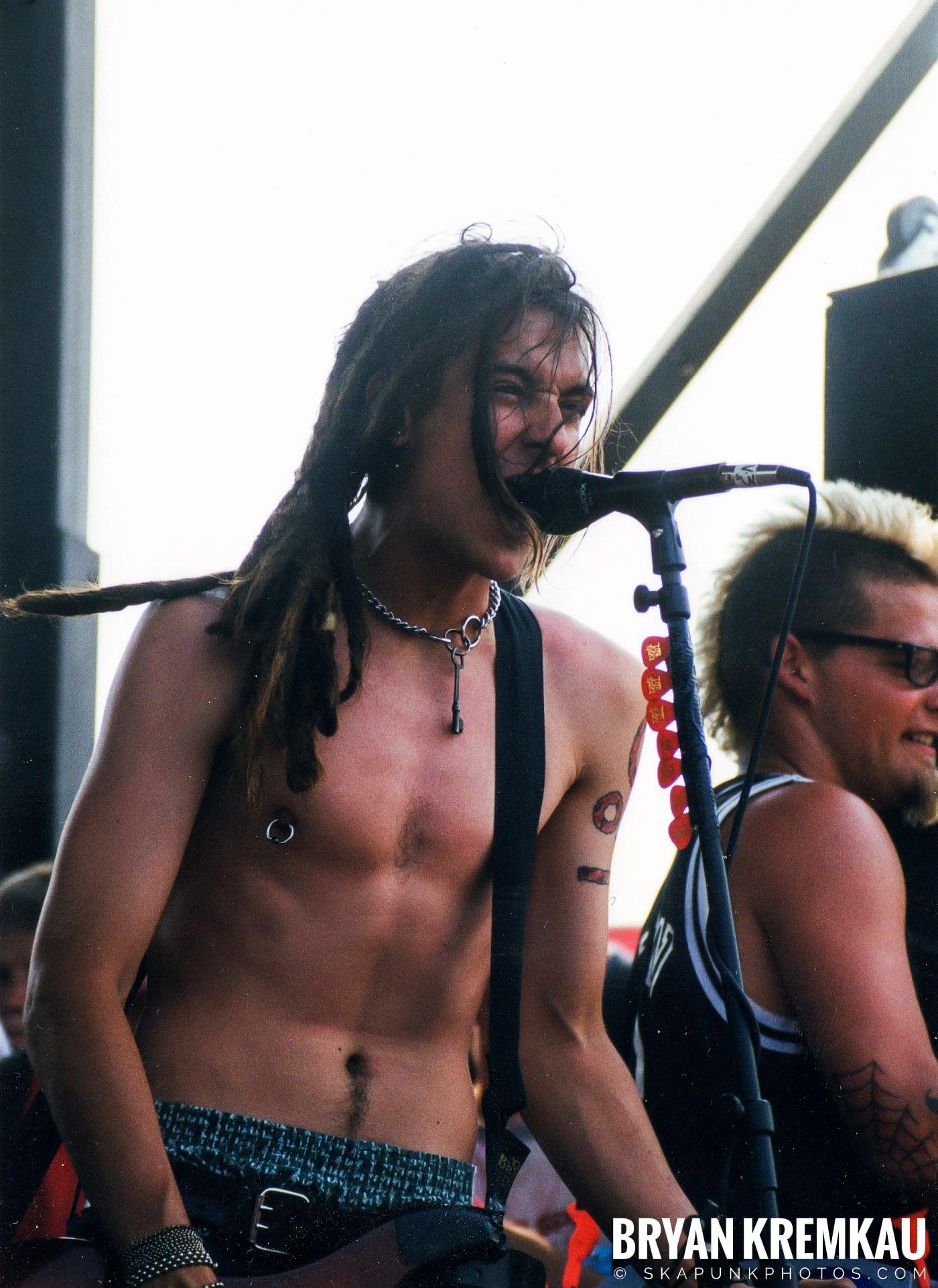 Less Than Jake @ Vans Warped Tour, Randall's Island, NYC - 7.16.99 (6)