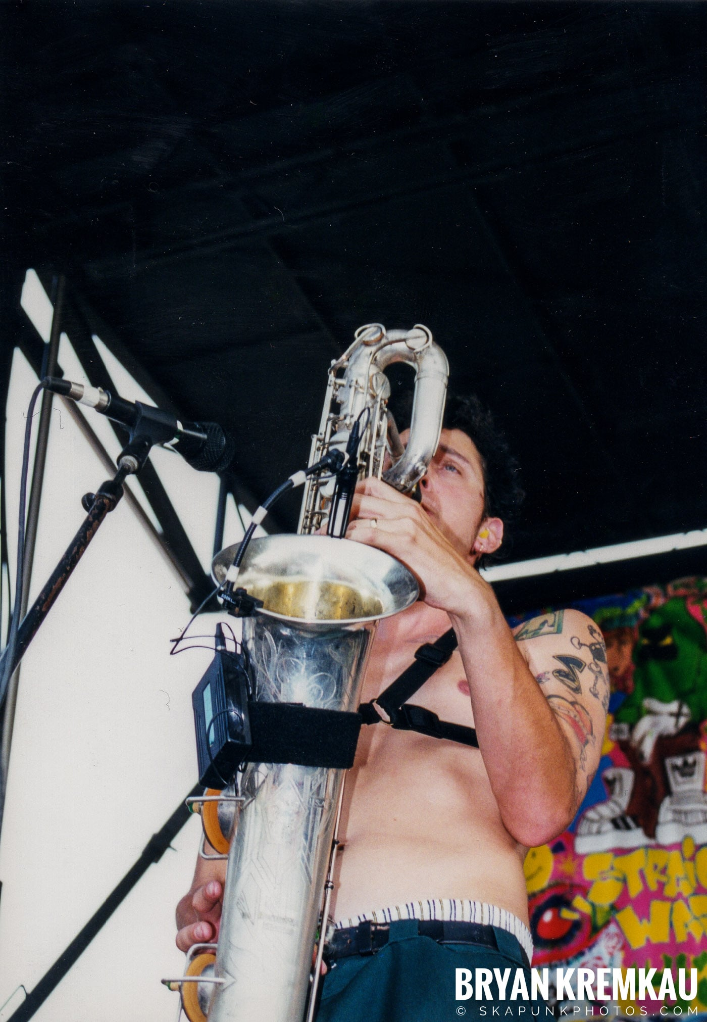 Less Than Jake @ Vans Warped Tour, Randall's Island, NYC - 7.16.99 (5)