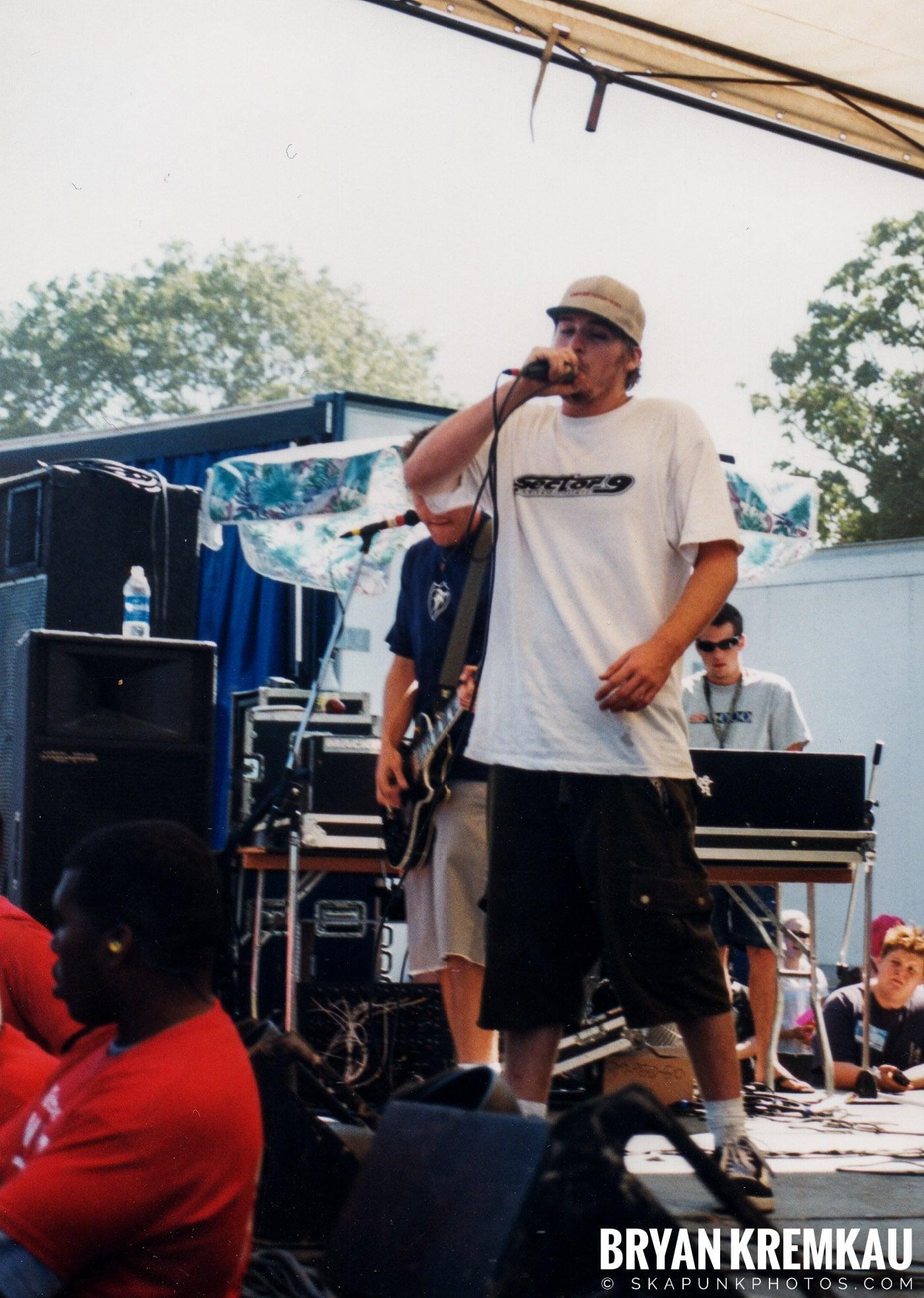 Mad Caddies @ Vans Warped Tour, Randall's Island, NYC - 8.1.98 (6)