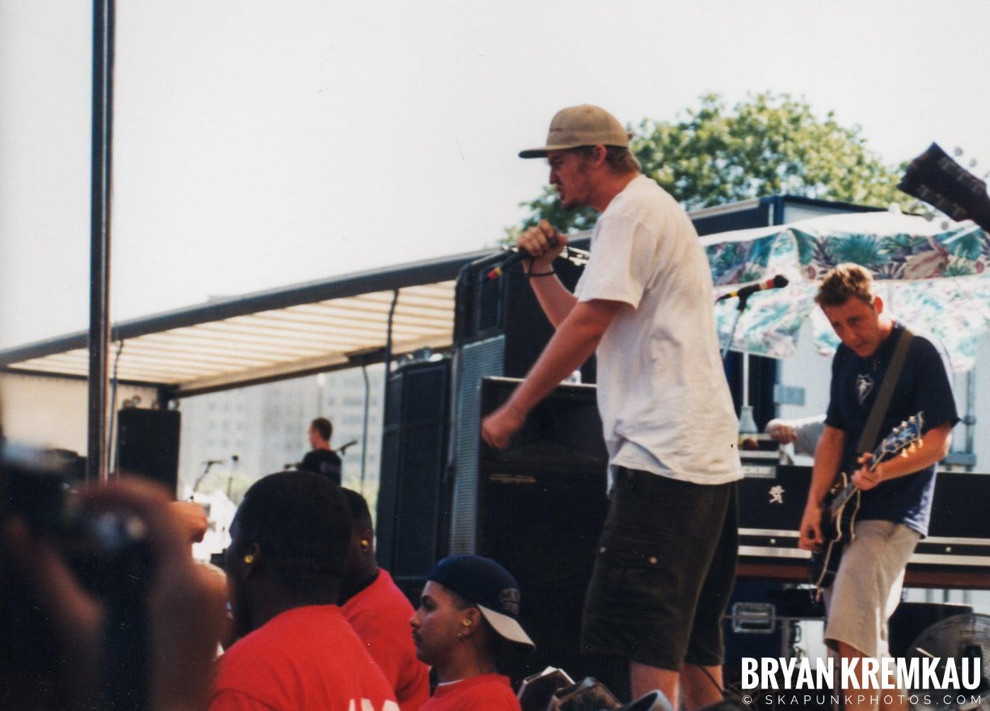 Mad Caddies @ Vans Warped Tour, Randall's Island, NYC - 8.1.98 (4)