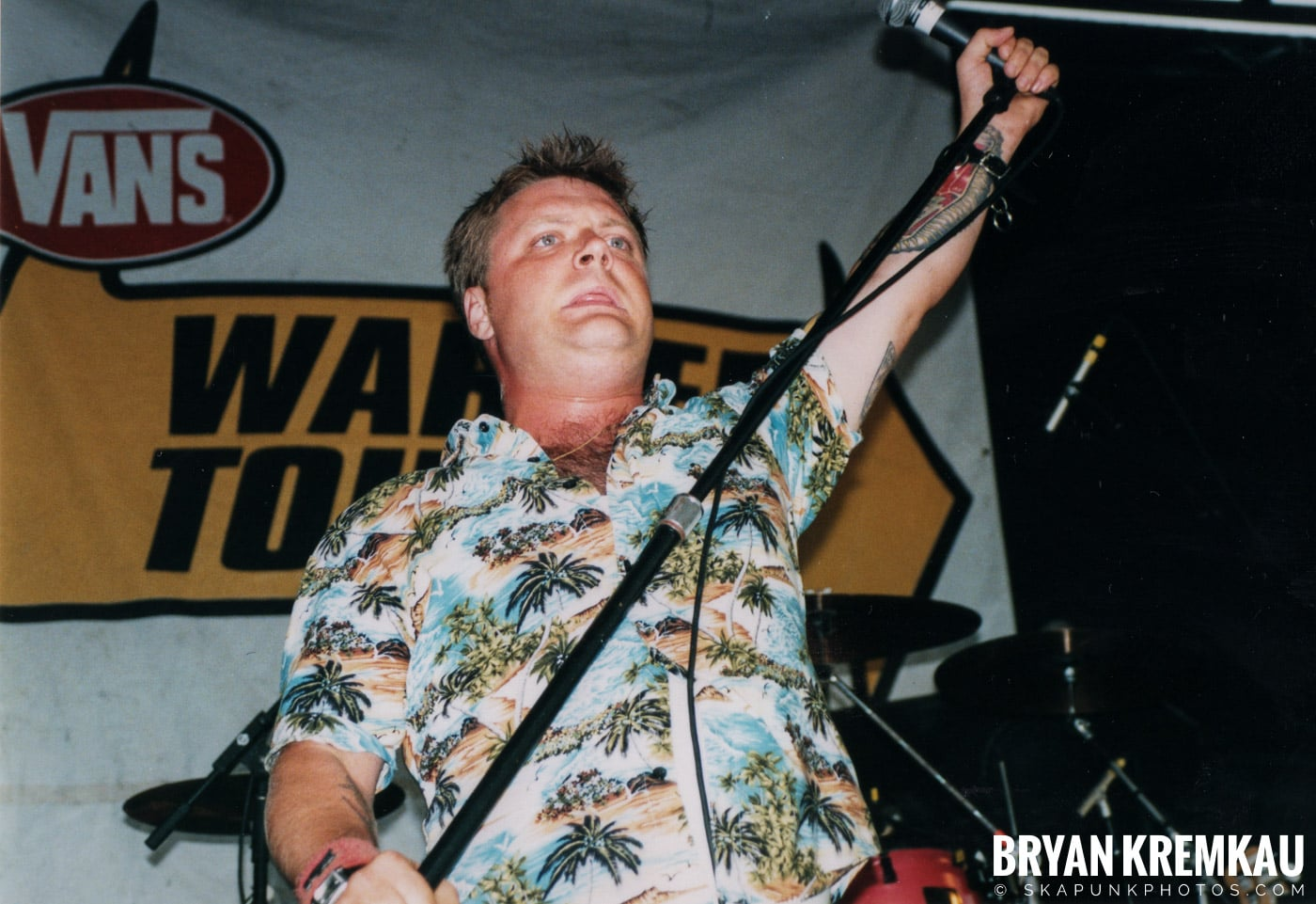 Me First and The Gimme Gimmes @ Vans Warped Tour, Randall's Island, NYC - 8.4.01 (12)