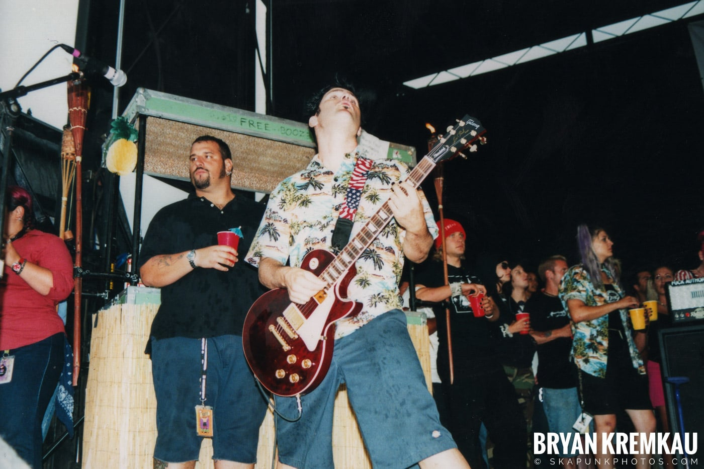 Me First and The Gimme Gimmes @ Vans Warped Tour, Randall's Island, NYC - 8.4.01 (4)