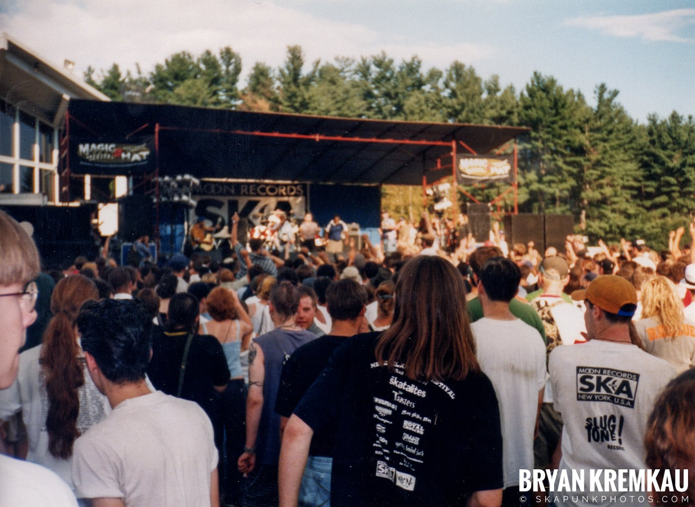 Crowd Shots @ New England Ska Fest 98, Westford, MA - 8.22.98 (13)