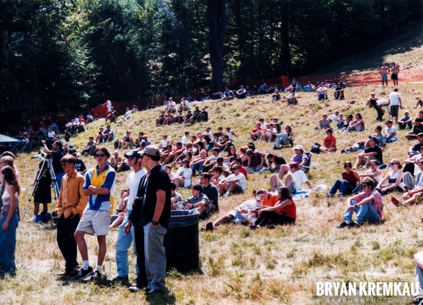 Crowd Shots @ New England Ska Fest 98, Westford, MA - 8.22.98 (10)