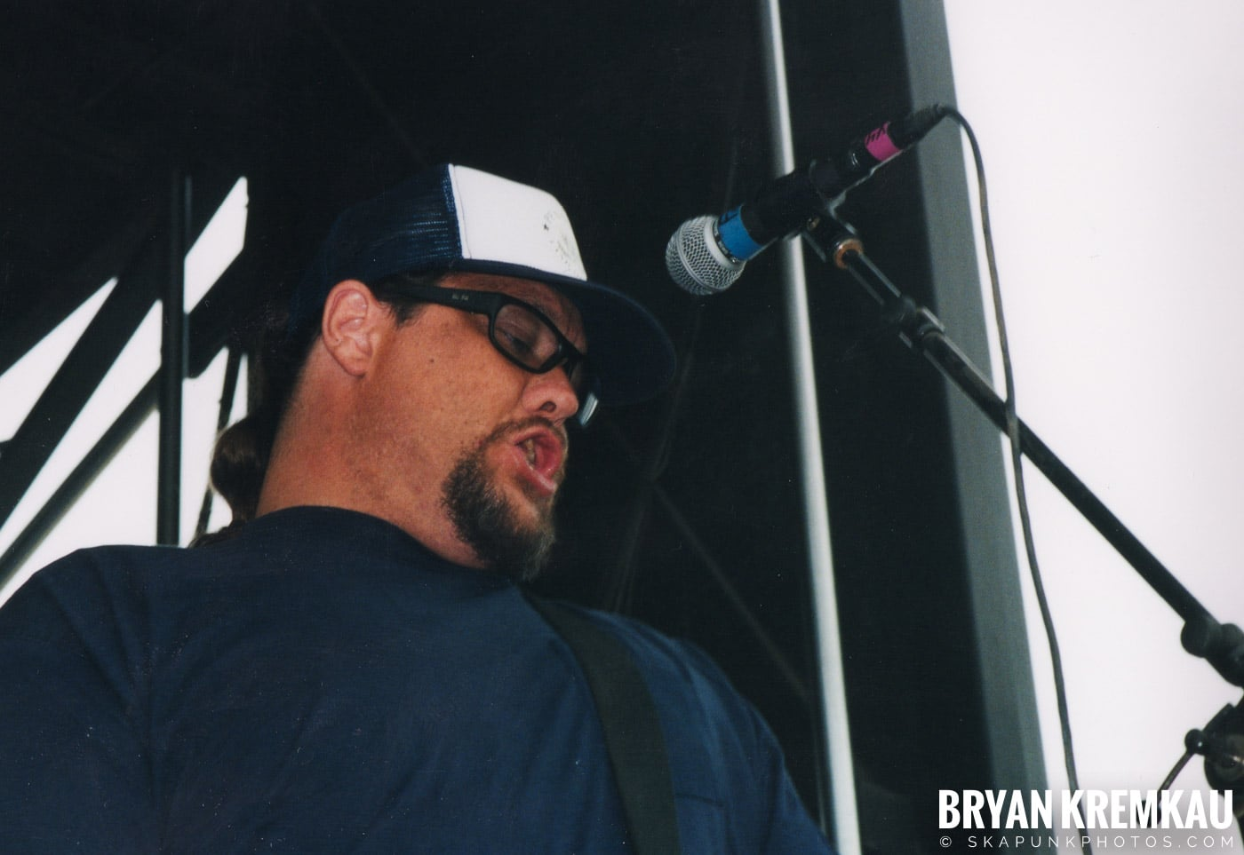 Pennywise @ Vans Warped Tour, Randall's Island, NYC - 8.4.01 (15)