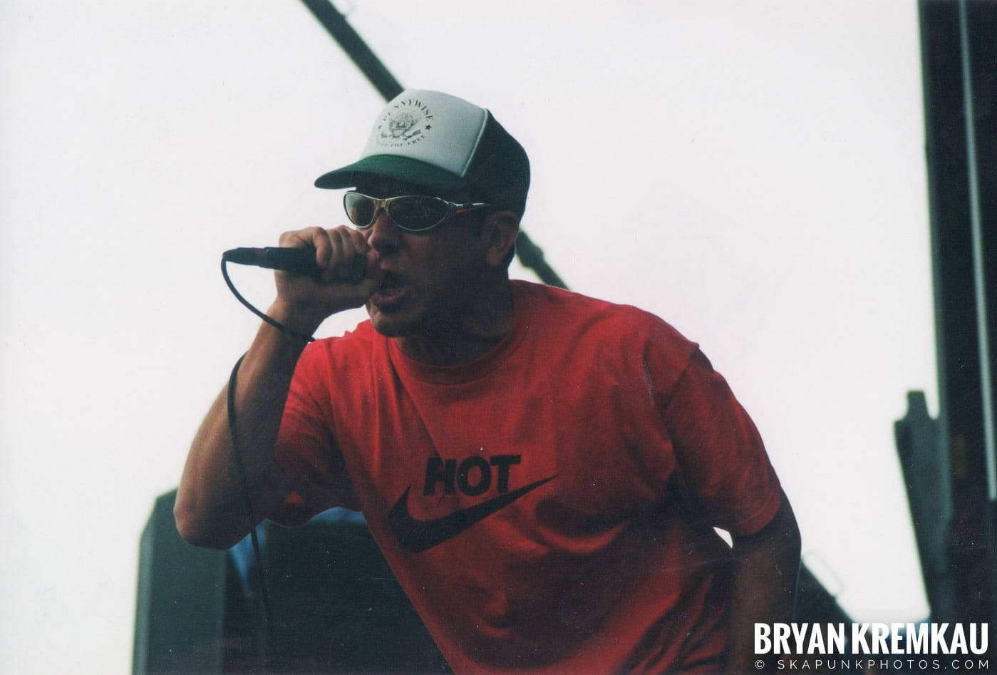 Pennywise @ Vans Warped Tour, Randall's Island, NYC - 8.4.01 (12)