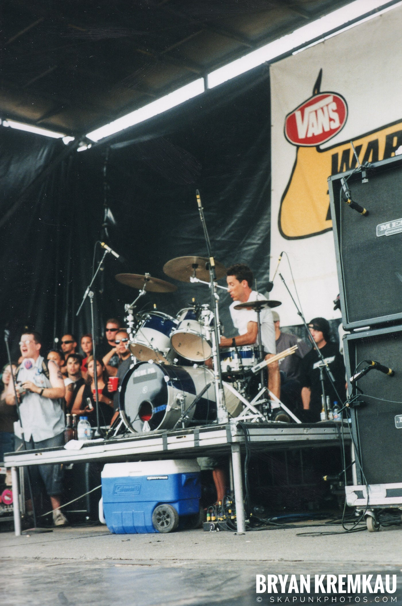 Pennywise @ Vans Warped Tour, Randall's Island, NYC - 8.4.01 (8)