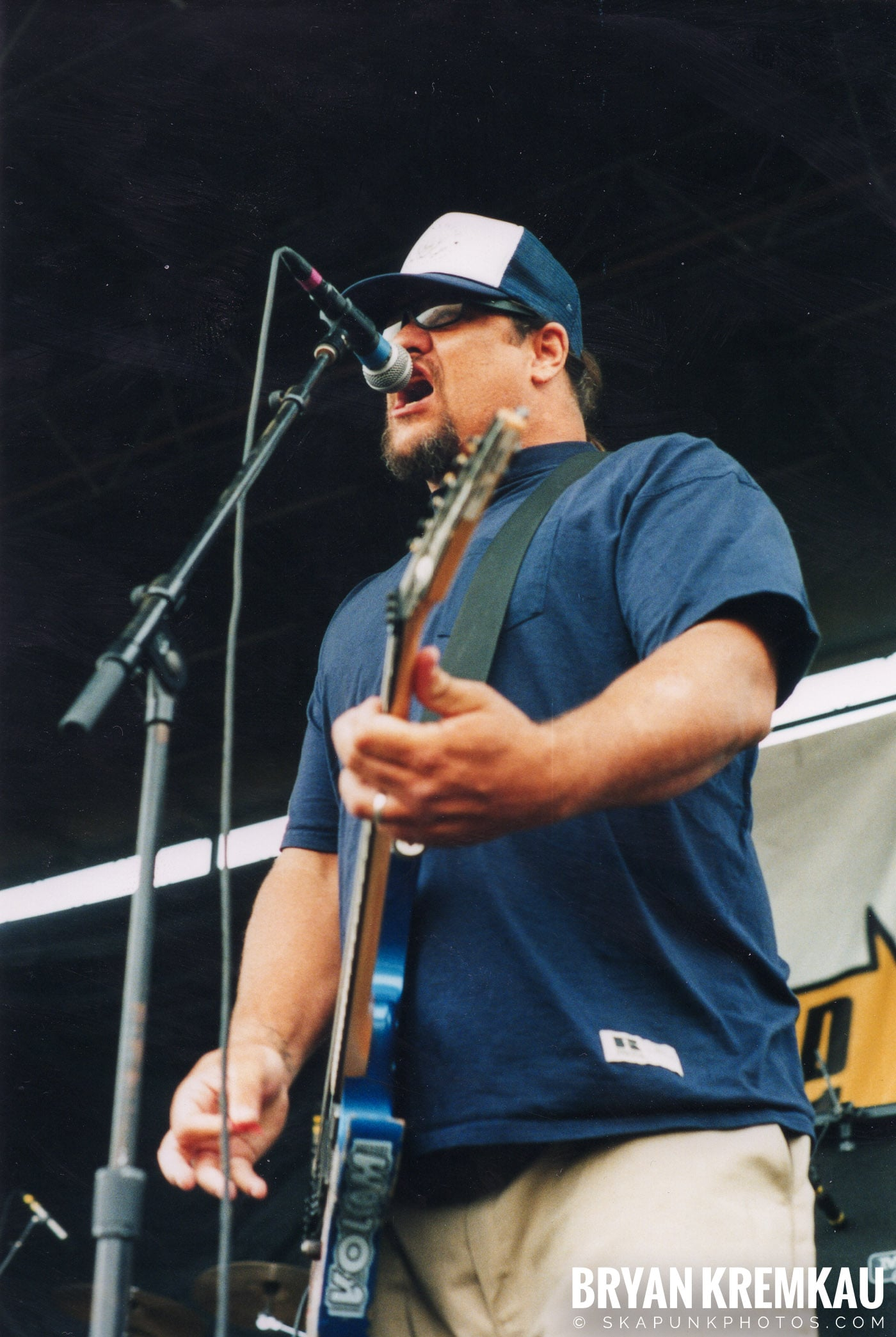 Pennywise @ Vans Warped Tour, Randall's Island, NYC - 8.4.01 (6)