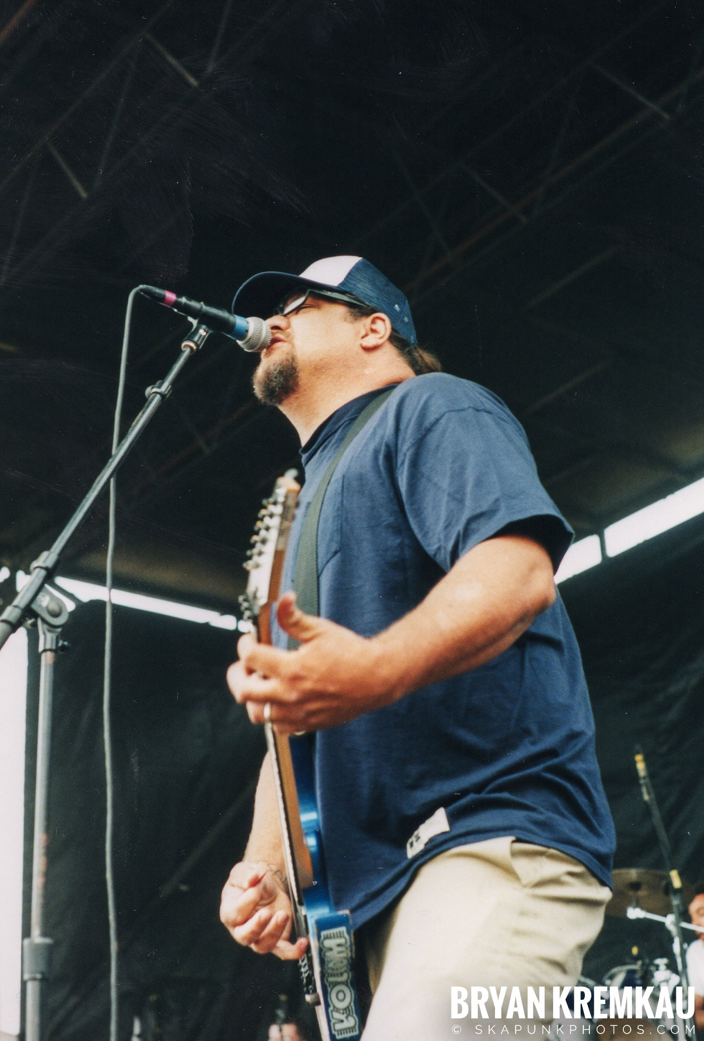 Pennywise @ Vans Warped Tour, Randall's Island, NYC - 8.4.01 (5)