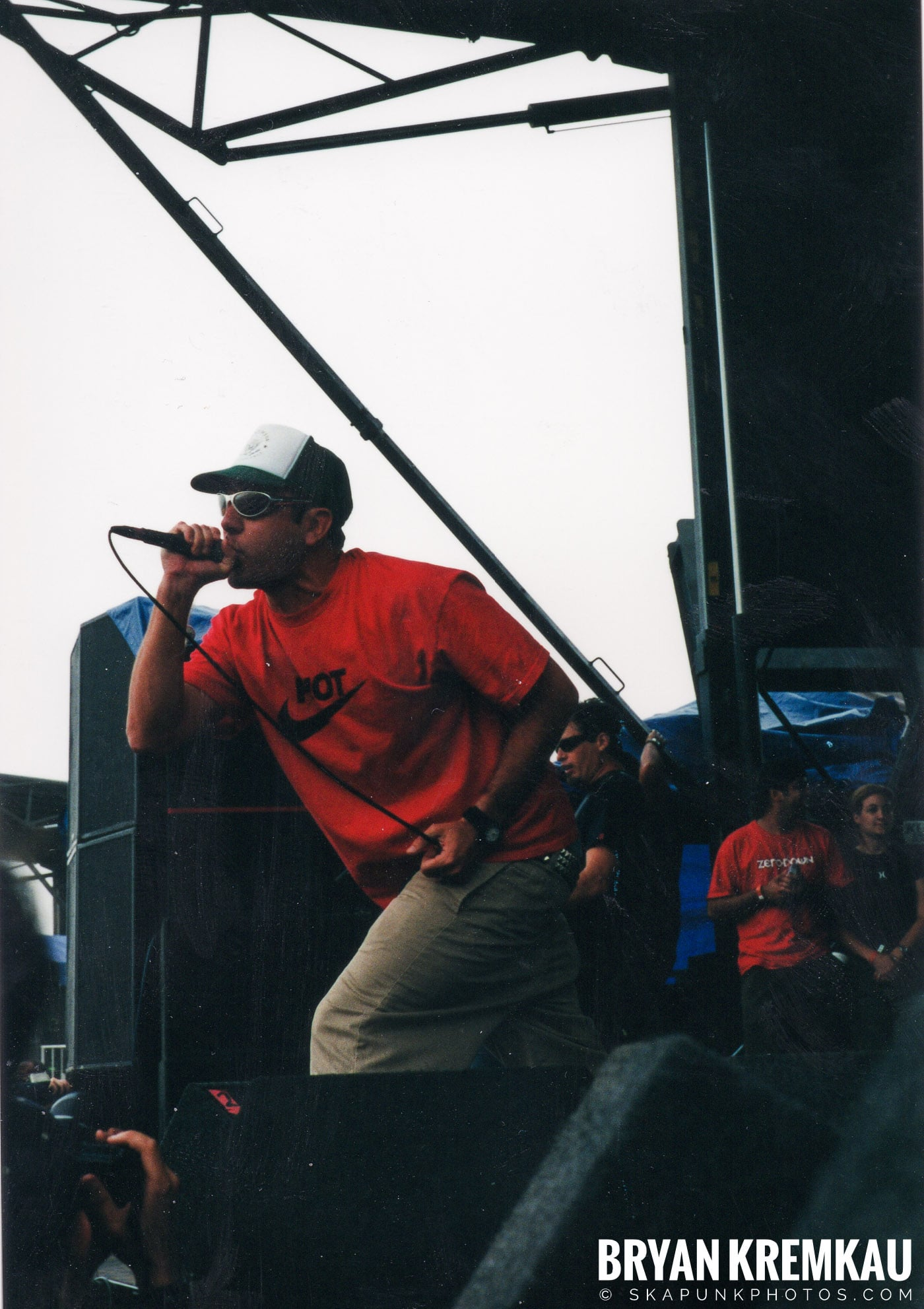 Pennywise @ Vans Warped Tour, Randall's Island, NYC - 8.4.01 (3)