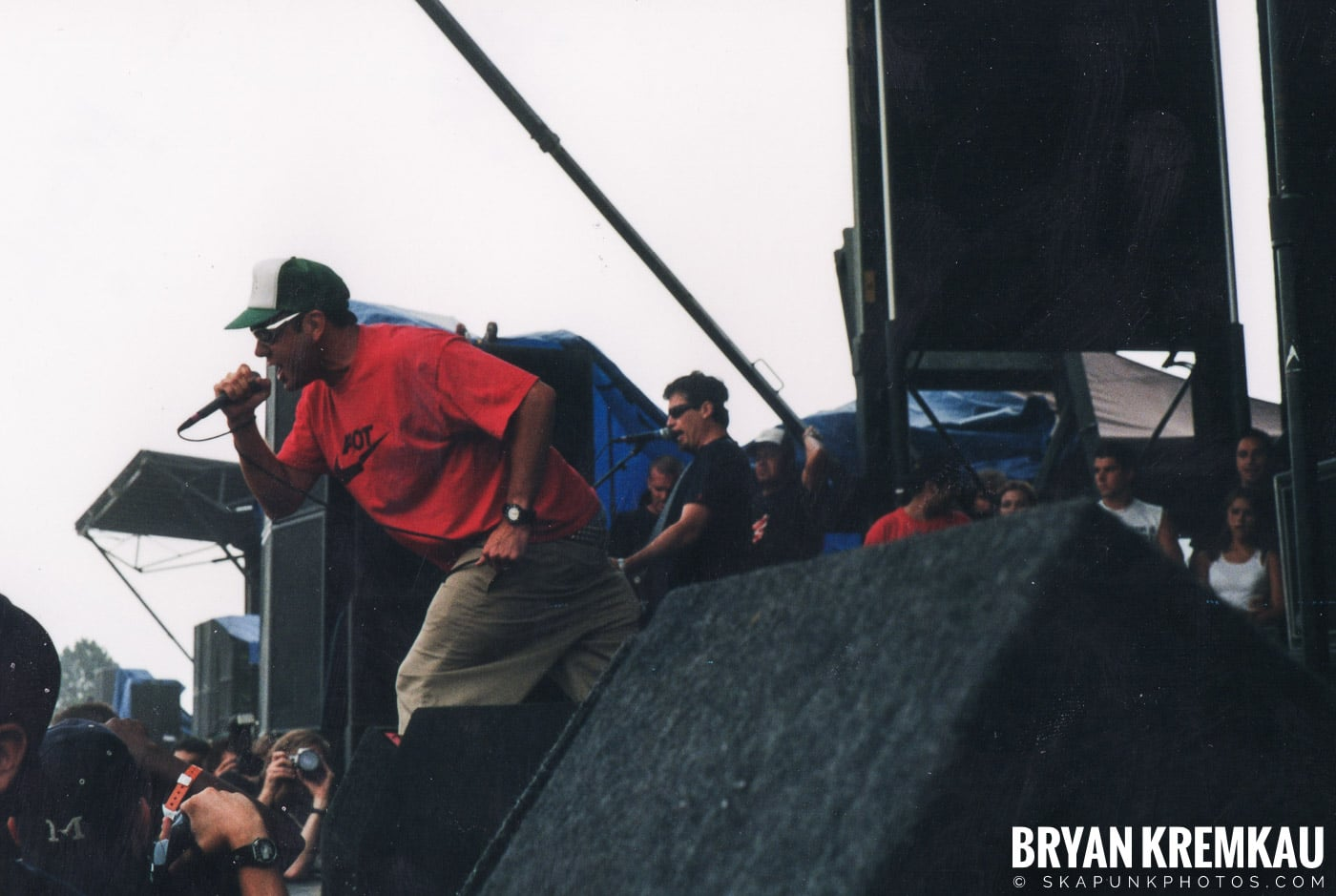Pennywise @ Vans Warped Tour, Randall's Island, NYC - 8.4.01 (2)