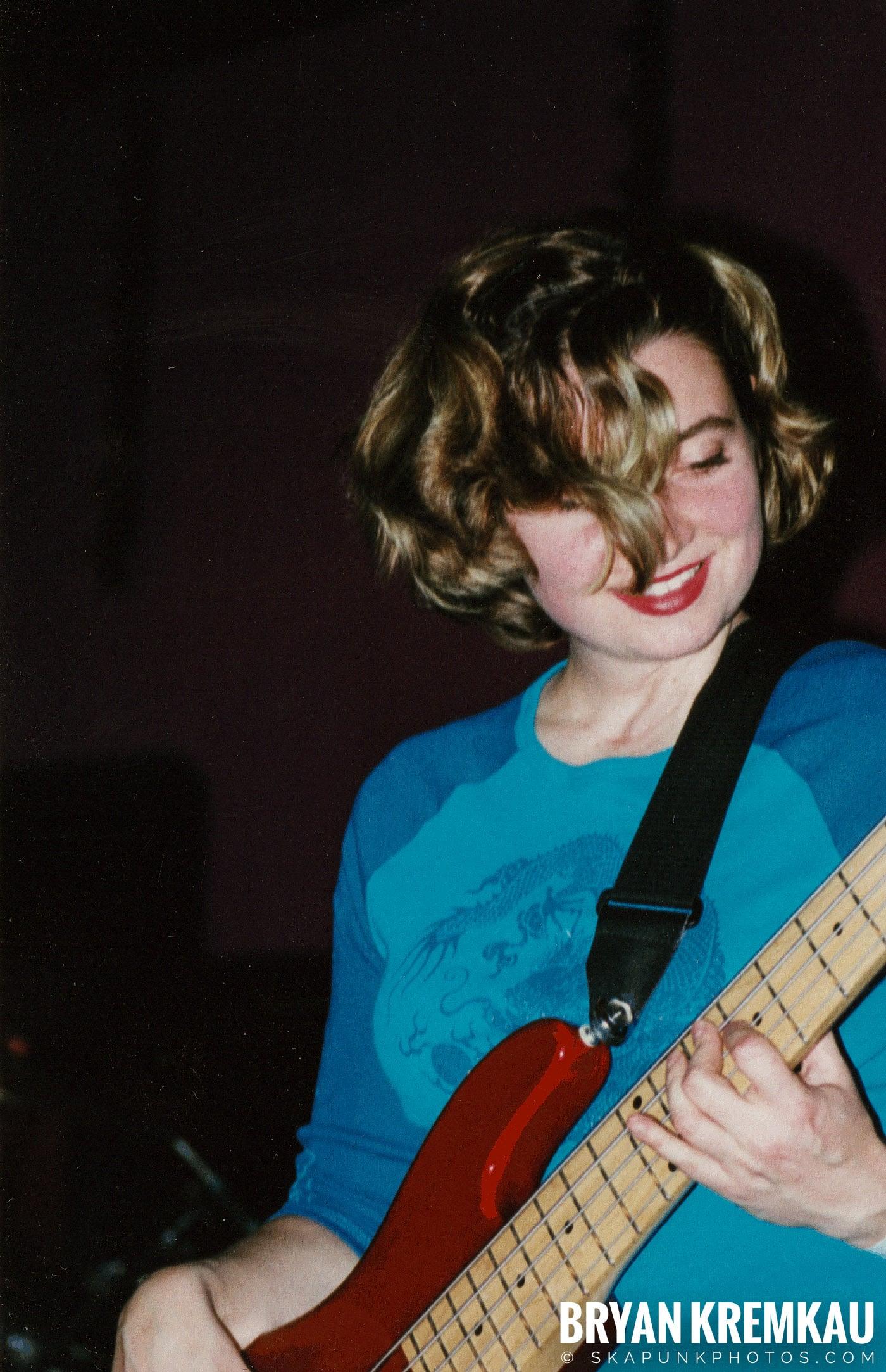 Pilfers @ Skater's World, Wayne, NJ - 1998 (20)