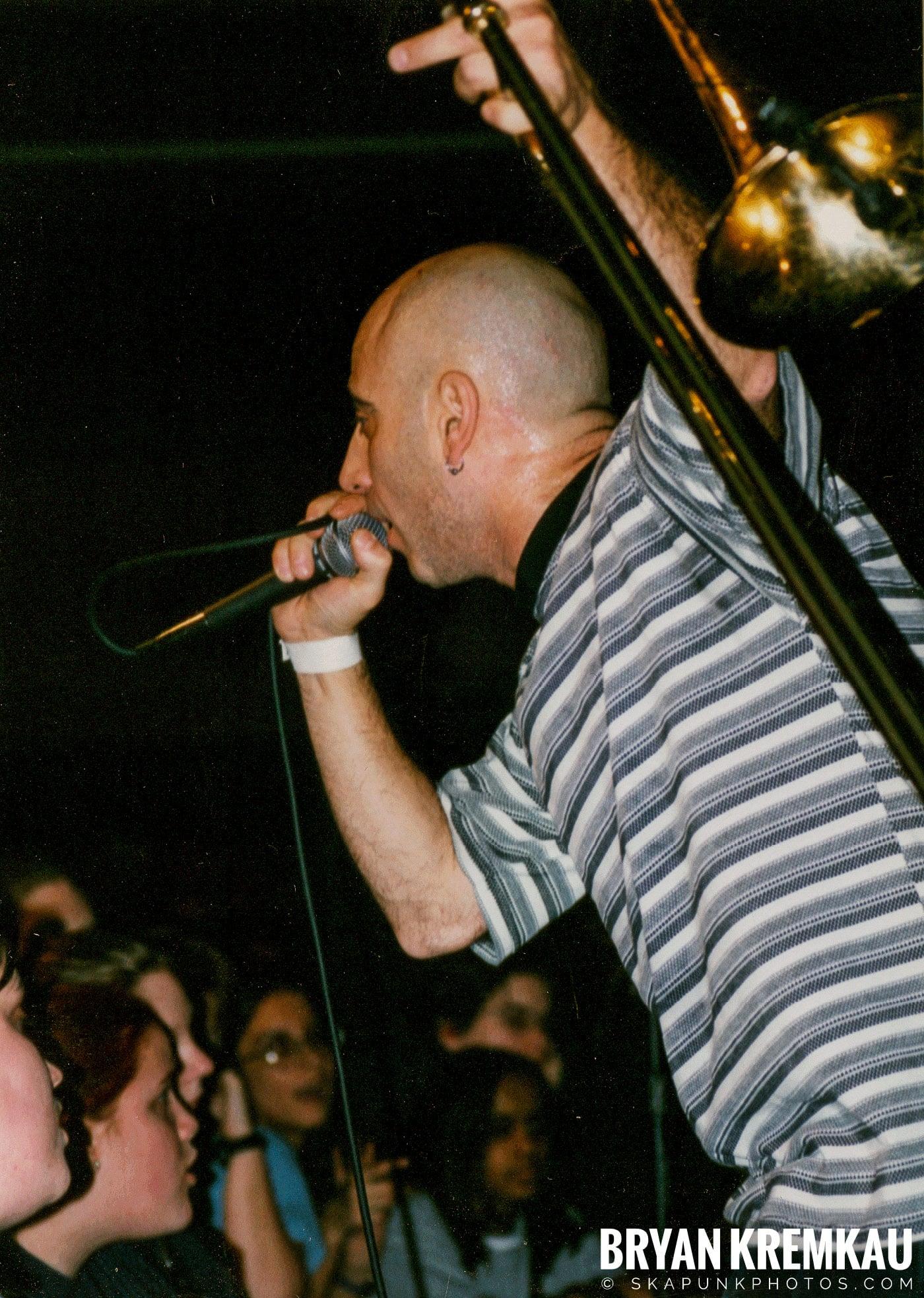 Pilfers @ Skater's World, Wayne, NJ - 1998 (18)