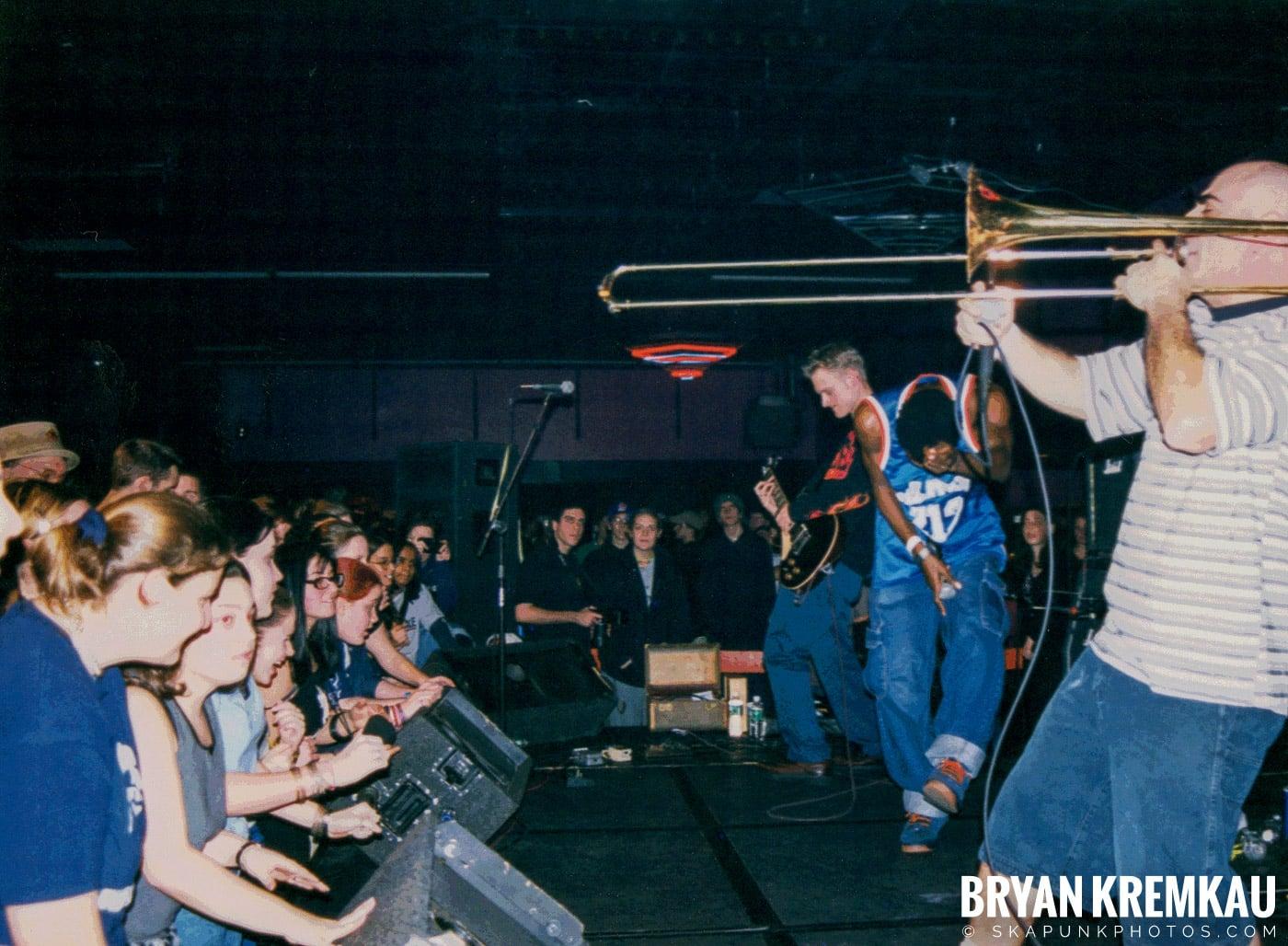 Pilfers @ Skater's World, Wayne, NJ - 1998 (13)