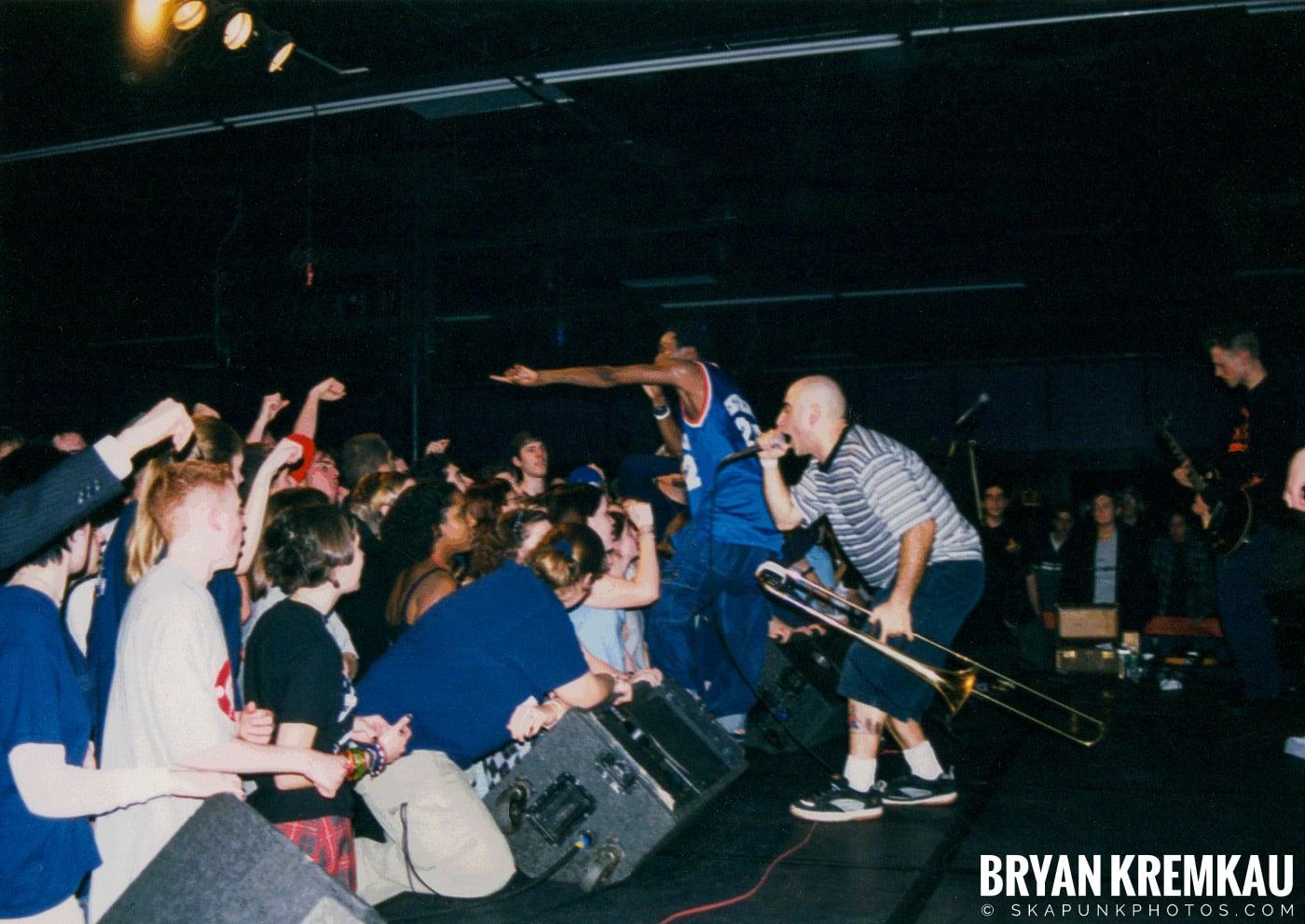 Pilfers @ Skater's World, Wayne, NJ - 1998 (10)