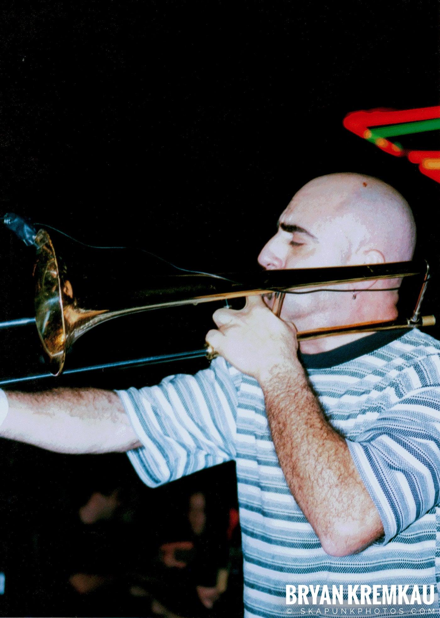 Pilfers @ Skater's World, Wayne, NJ - 1998 (2)